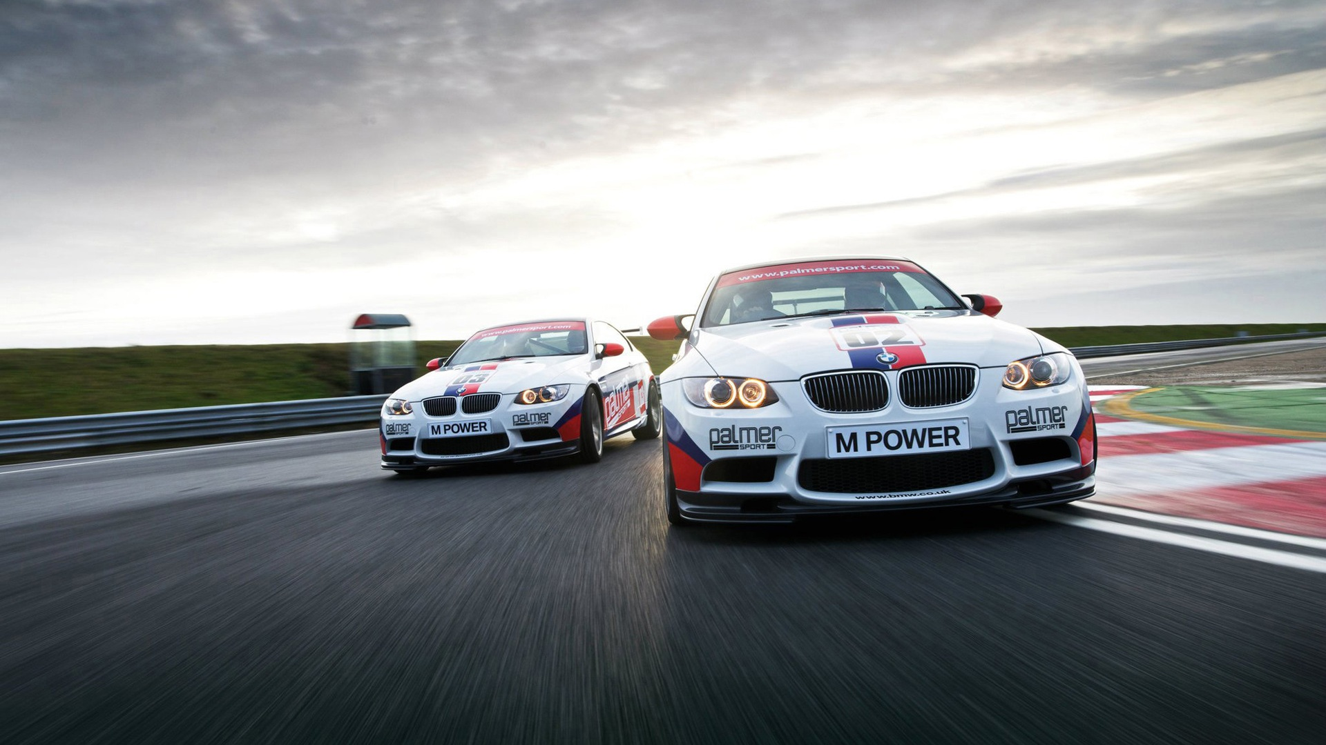 Wallpaper Bmw M3 E92 Sports Car In Racing 1920x1200 Hd Picture Image