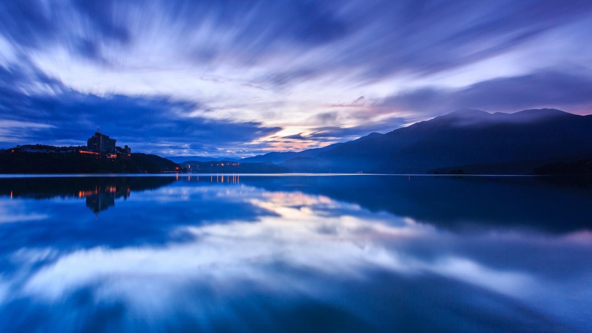 природа горизонт солнце озеро облака отражение  № 623482 без смс