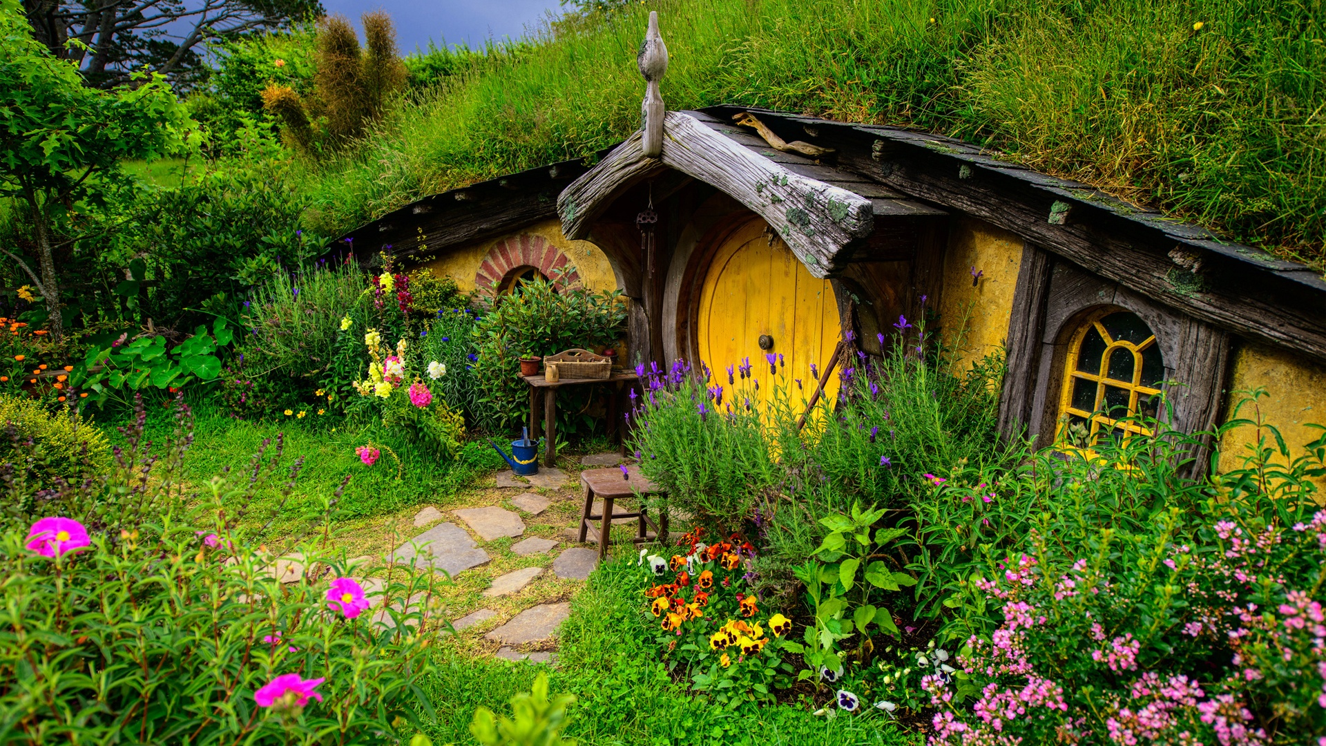 Lord Of The Rings Hobbit House Hill Flowers Grass