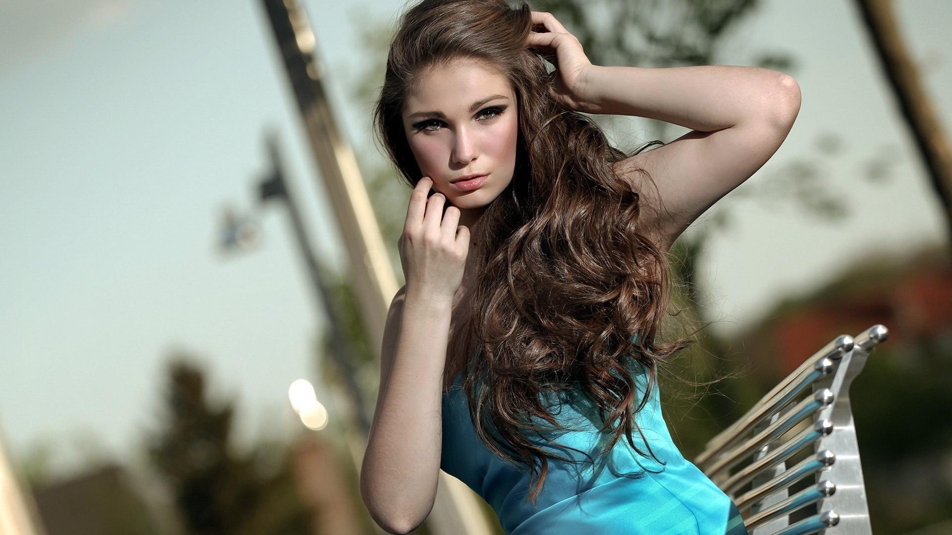Fonds d 39 cran t l charger 1920x1080 jolie fille cheveux for Fond ecran jolie fille