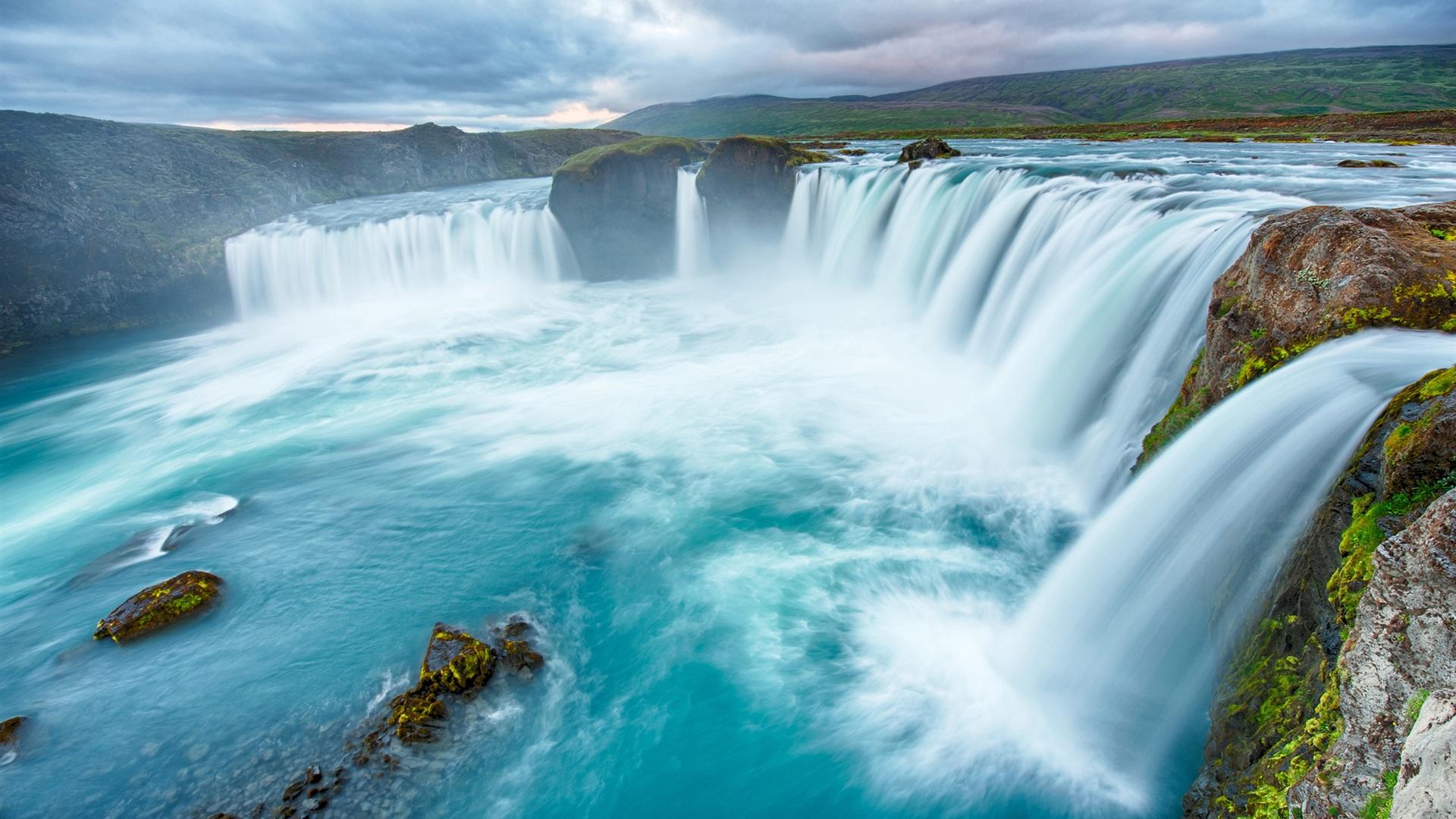Обои рабочего стола высокого разрешения водопады