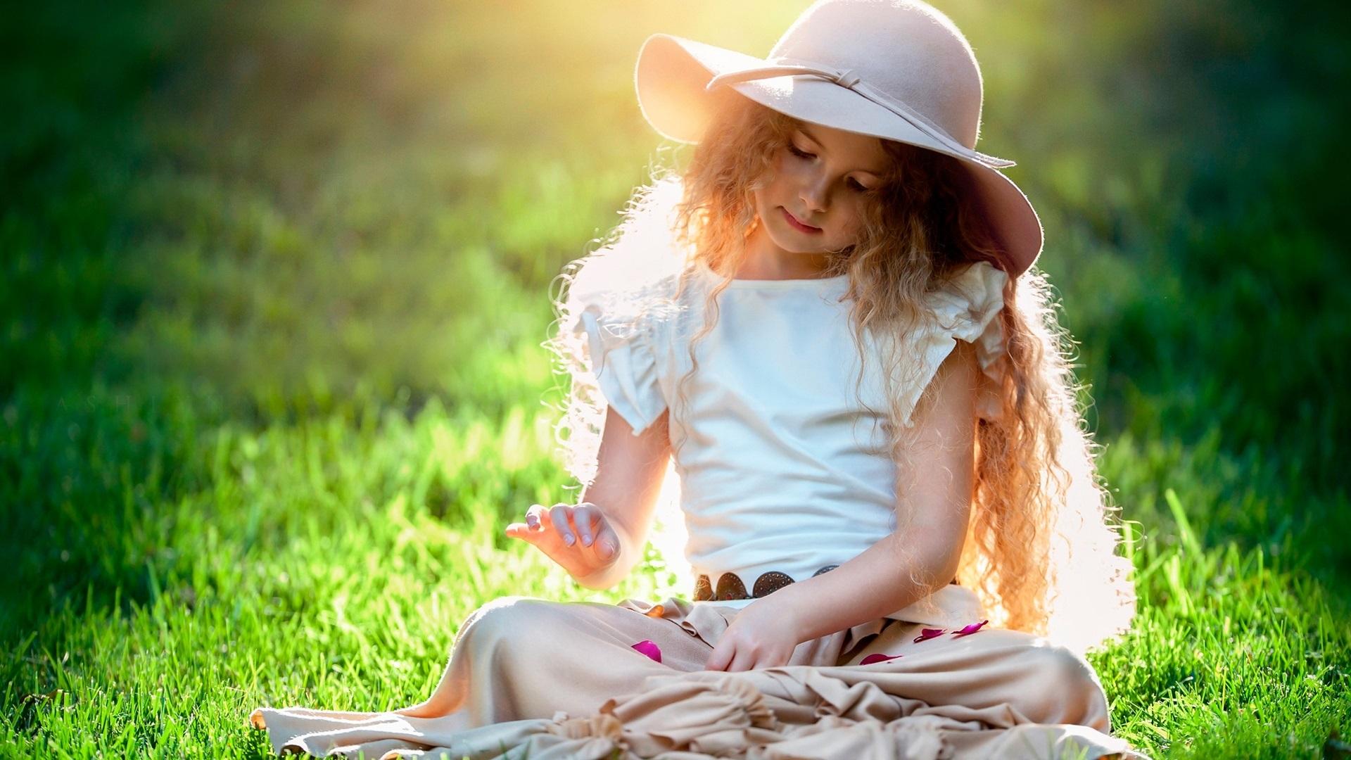 красивые фото с детьми на природе существование