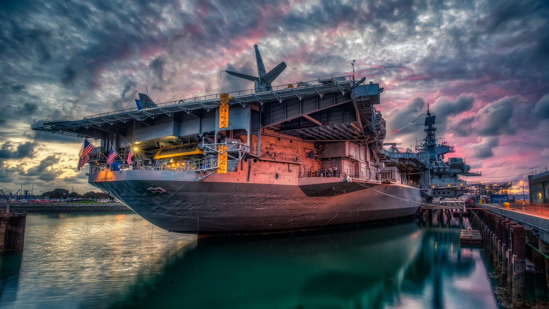 Wallpaper San Diego Uss Midway Sunset 2560x1600 Hd Picture Image