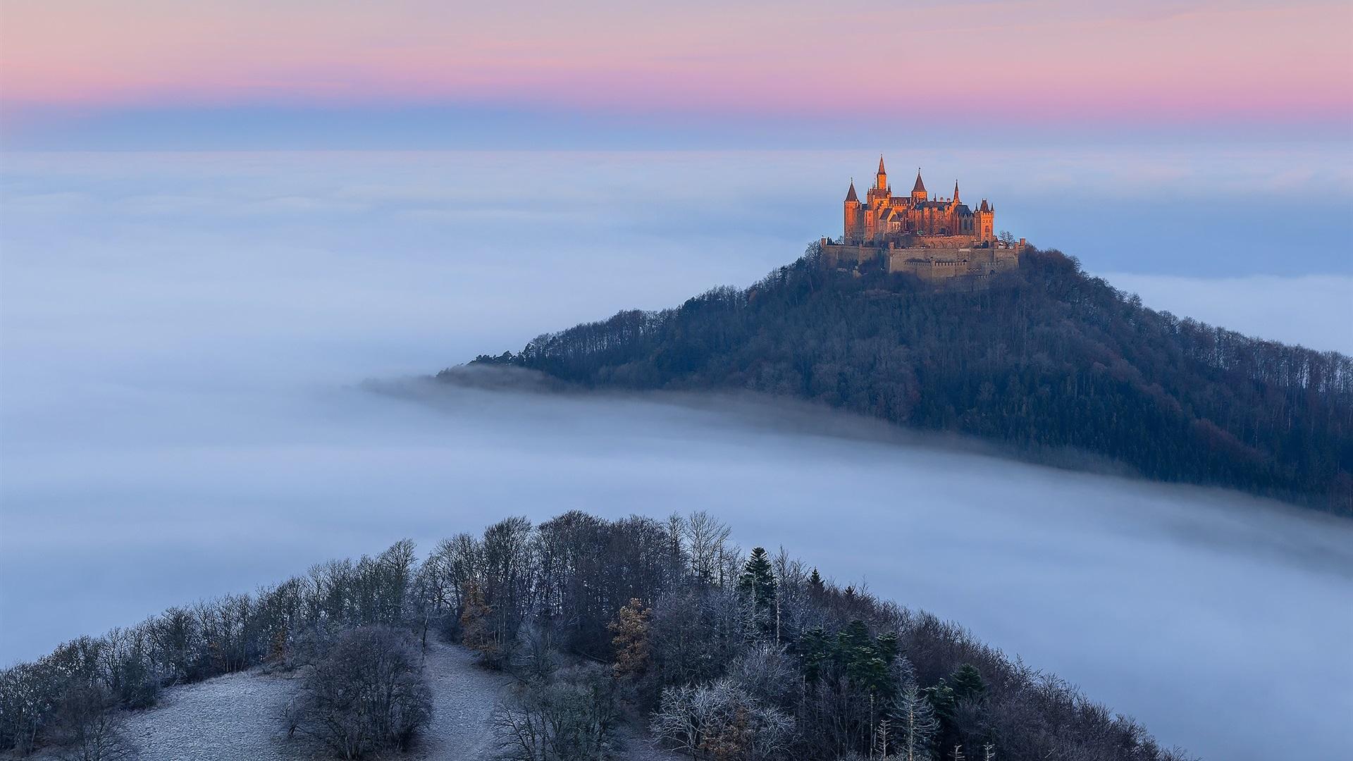 Wallpaper download morning - Deutschland Burg Hohenzollern Herbst Nebel B 228 Ume