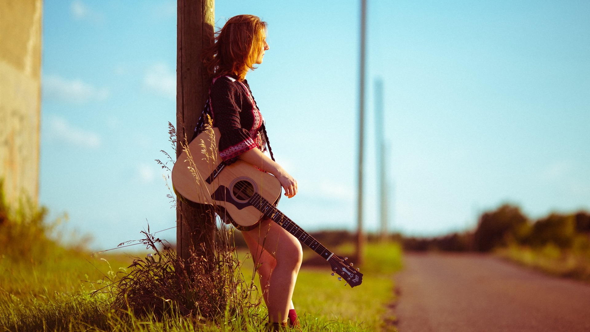 Download Wallpaper 1920x1080 Girl, road, guitar Full HD ...