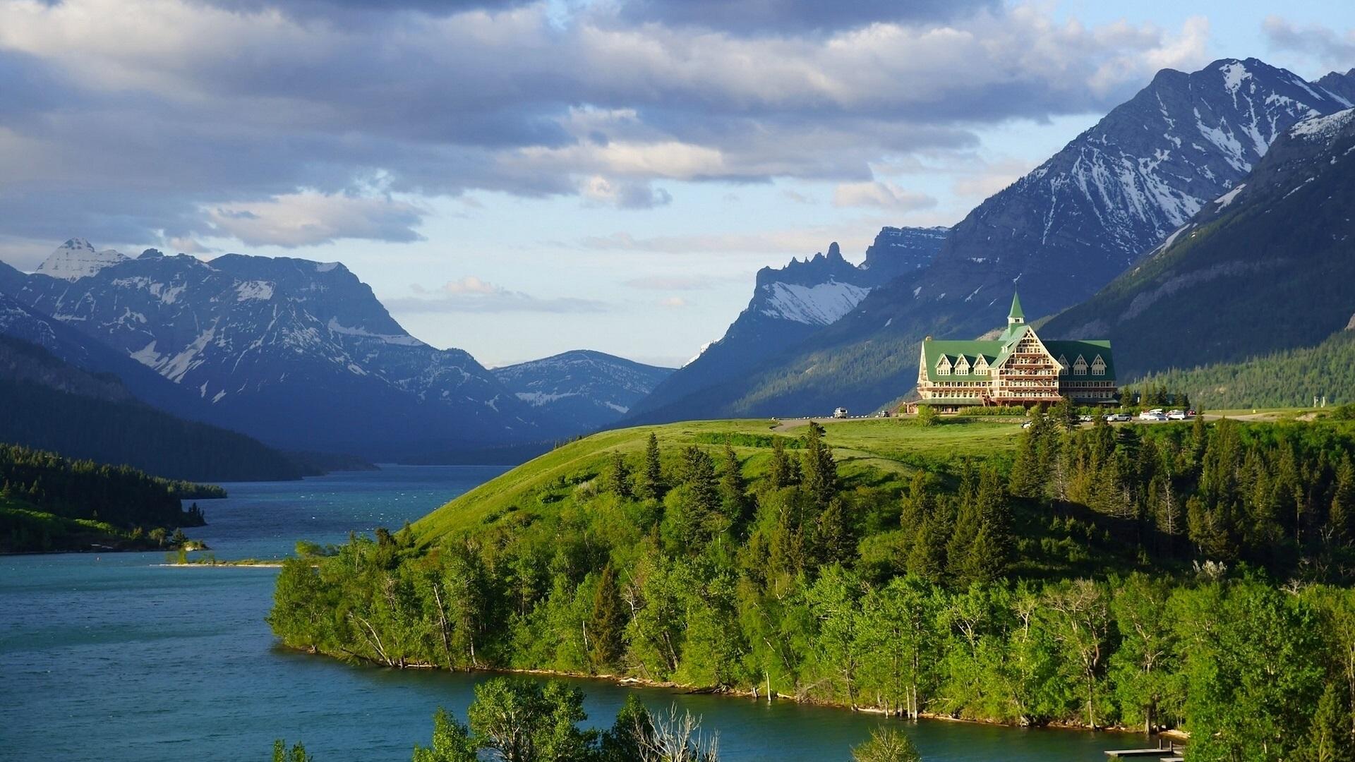 Wallpaper Prince Of Wales Hotel Waterton Lake Alberta