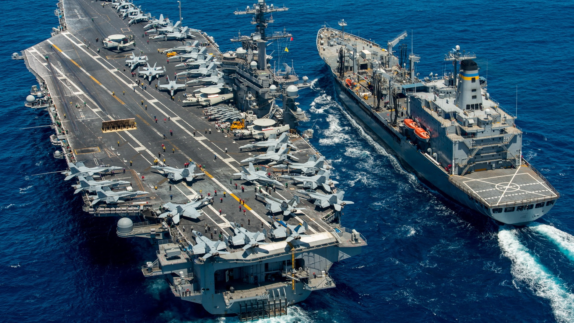 Американский авианосец вошел в Японское море