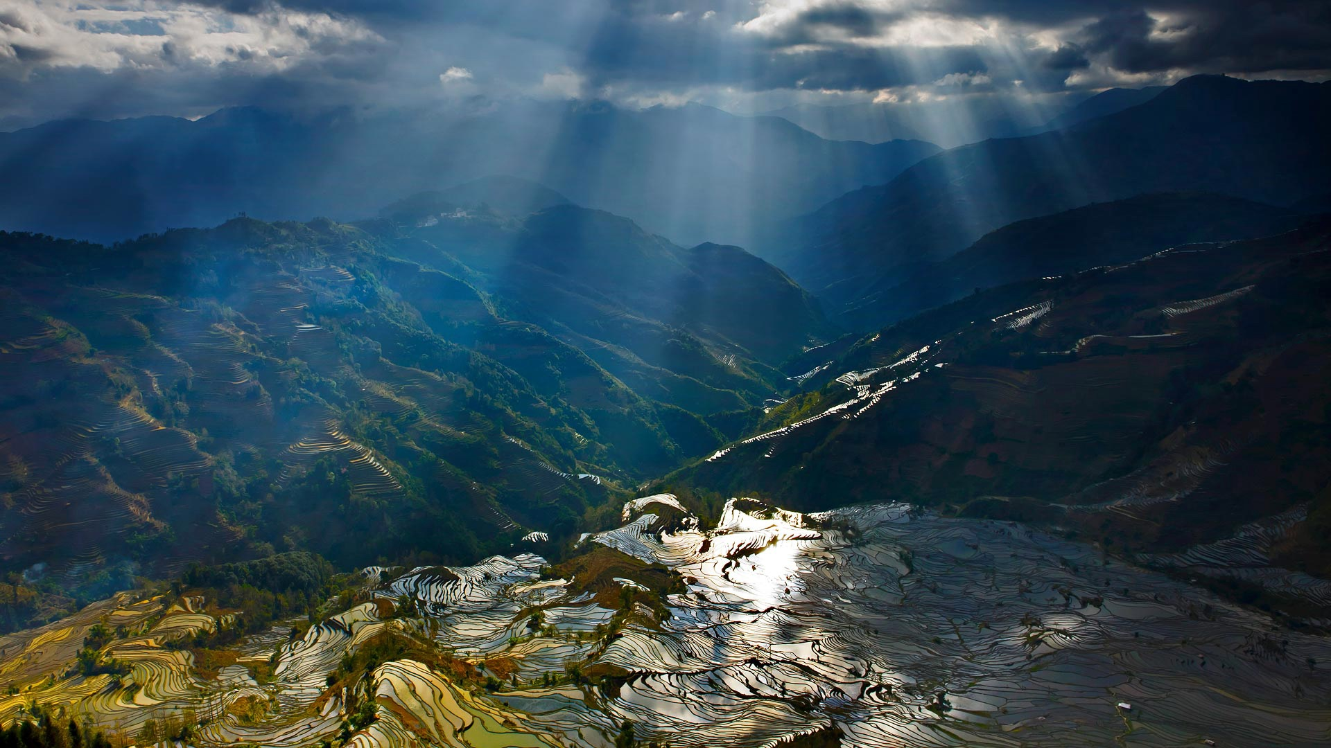 wallpaper yuanyang terraces, mountains, sun rays, rice fields, china