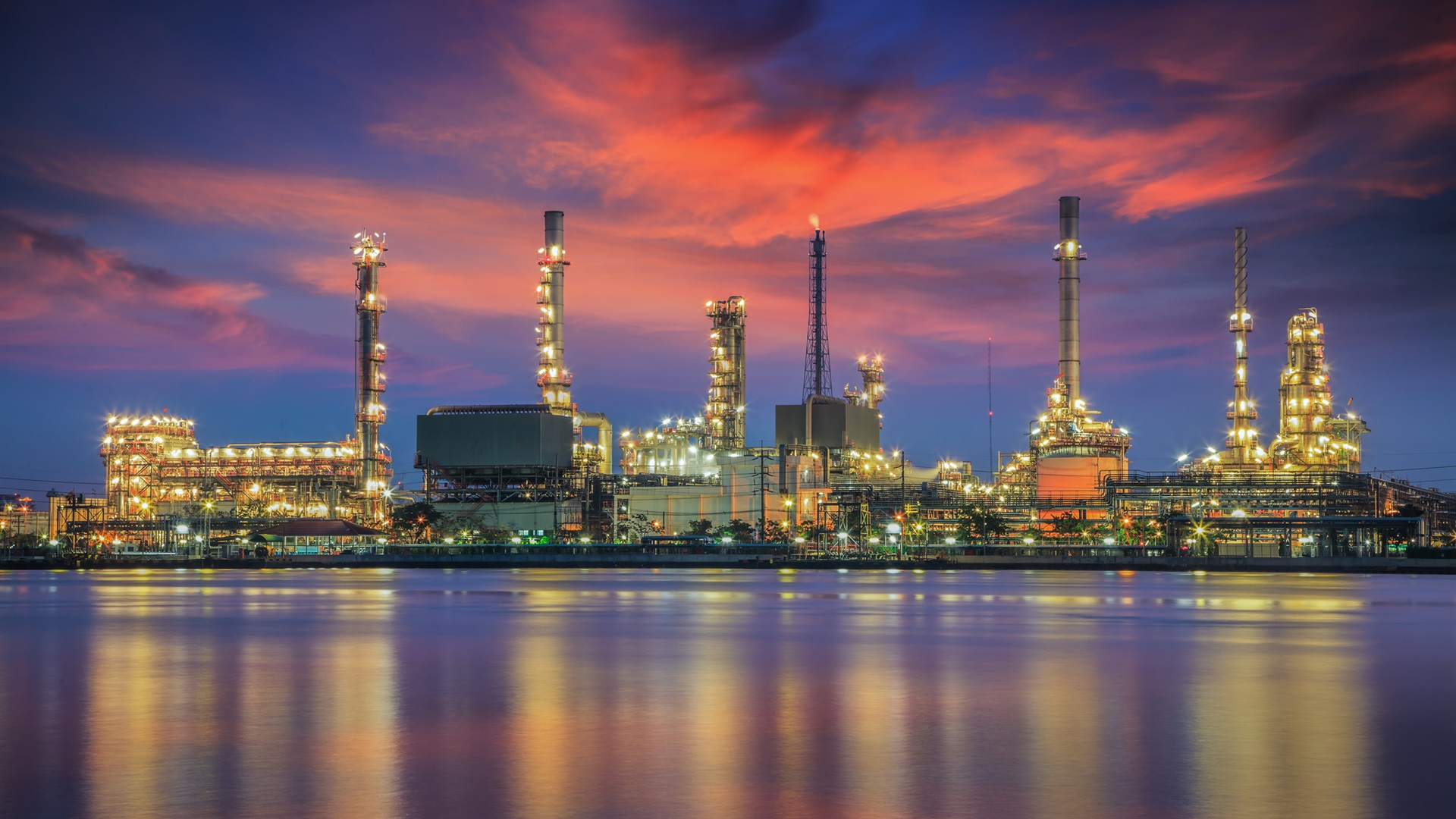 Oil-refinery-water-reflection-night-ligh