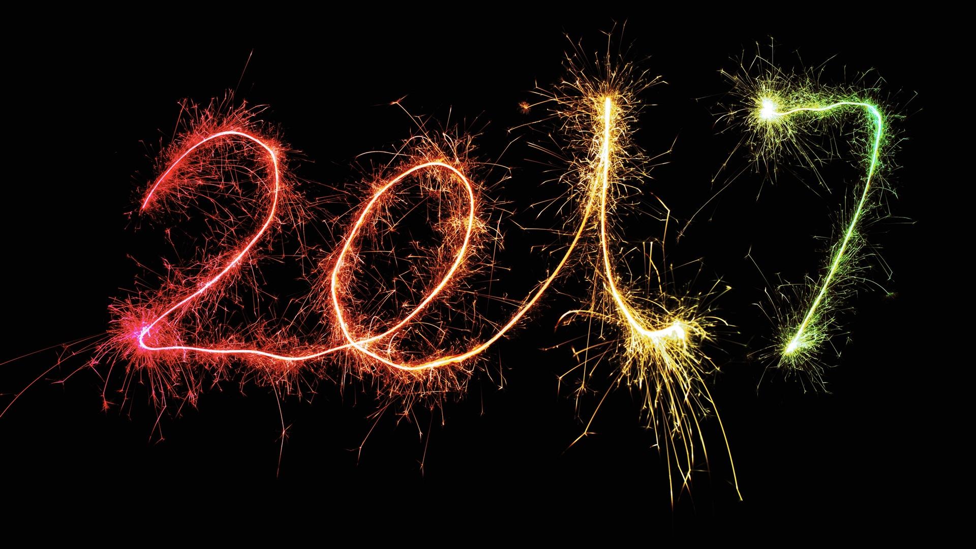 Feliz Ano Novo 2017, fogos de artifício, sparklers, fundo ...