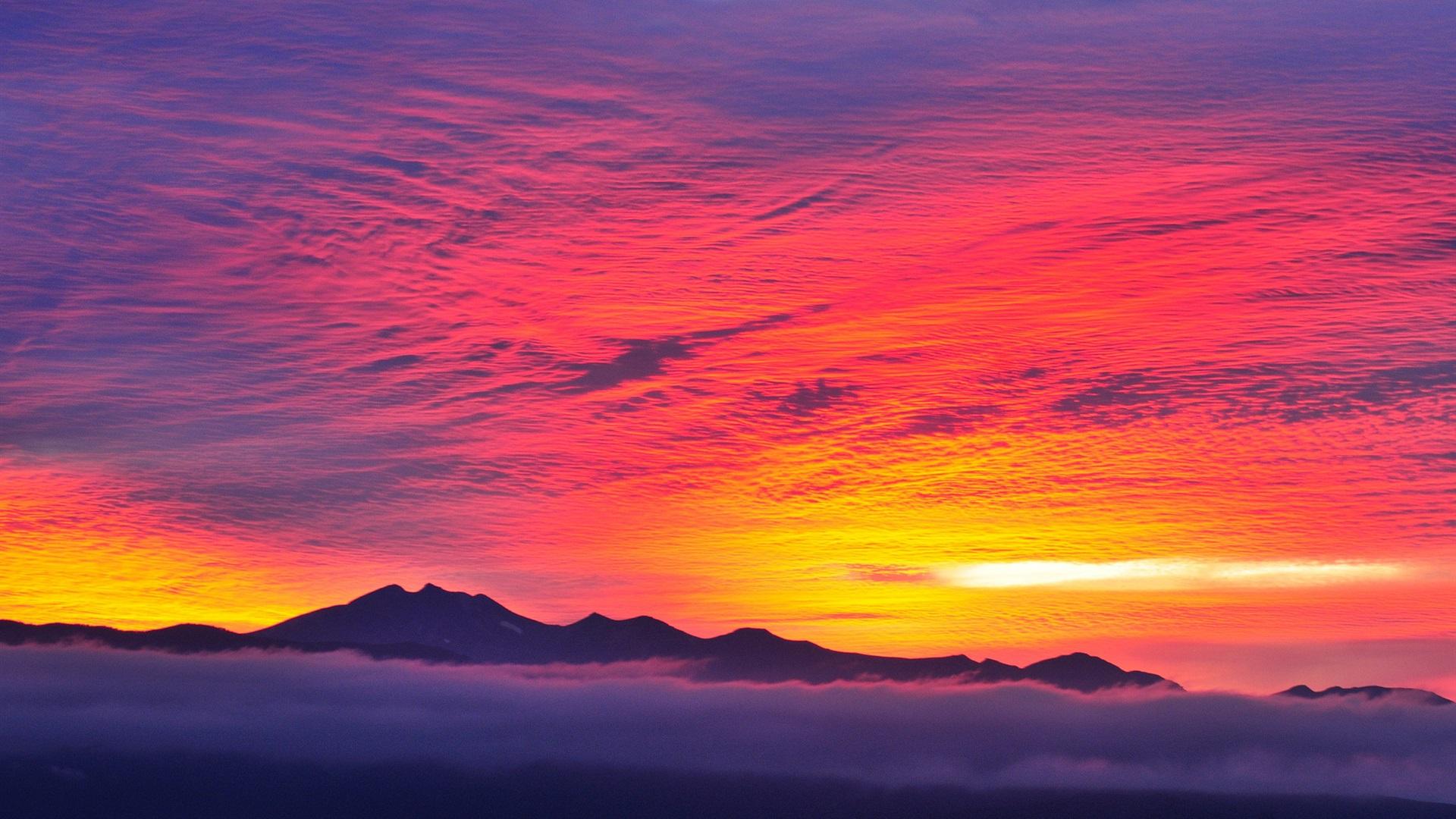 Fonds D Ecran Rouge Ciel Coucher Soleil Montagnes