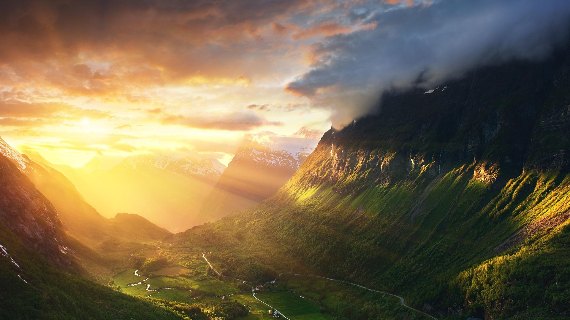 Wallpaper Norway Alesund Mountains Valley Sunshine