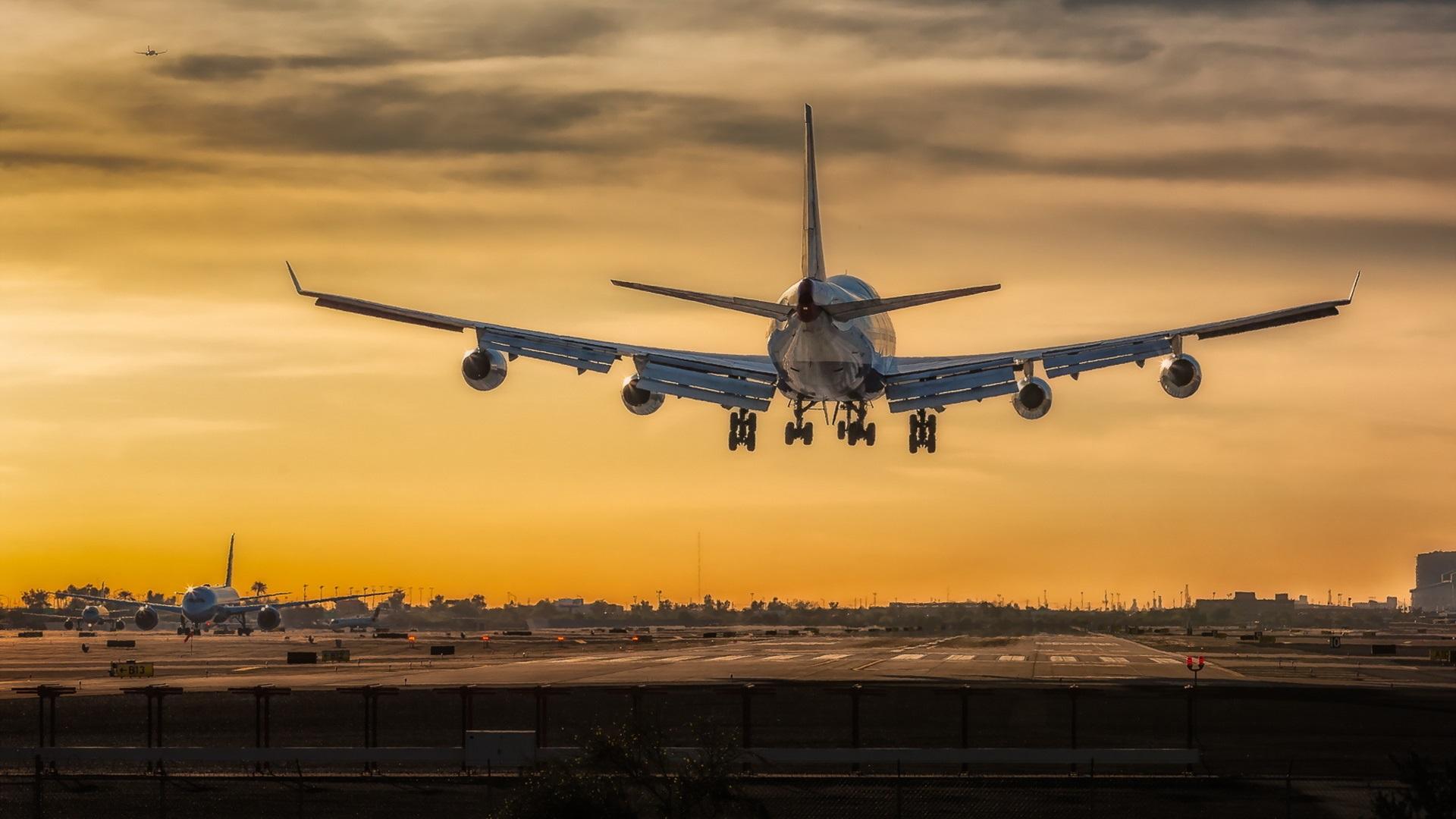 Fondos de pantalla despegue del avi n boeing 747 1920x1080 for Fondos de pantalla de aviones