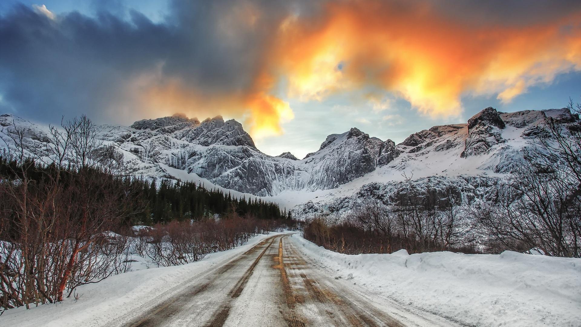 Fondo De Montañas Nevadas En Hd: Fondos De Pantalla Nieve, Carretera, Montañas, Invierno