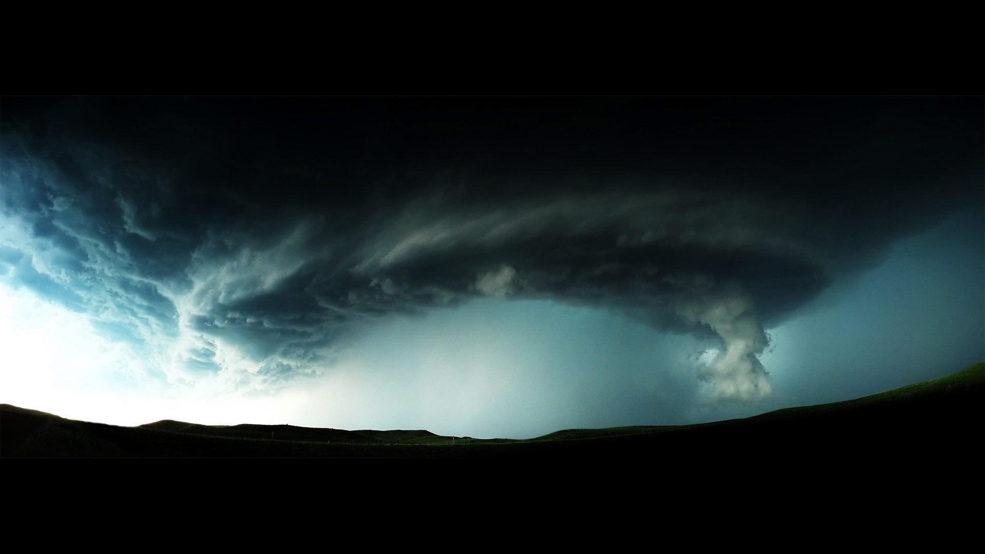壁紙 竜巻 黒い雲 危険な天気 1920x1080 Full Hd 2k 無料の