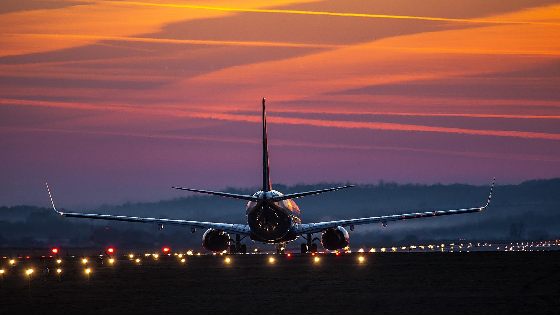 Обои вид, двигатели, Самолёт, сзади, чёрный. Авиация foto 10