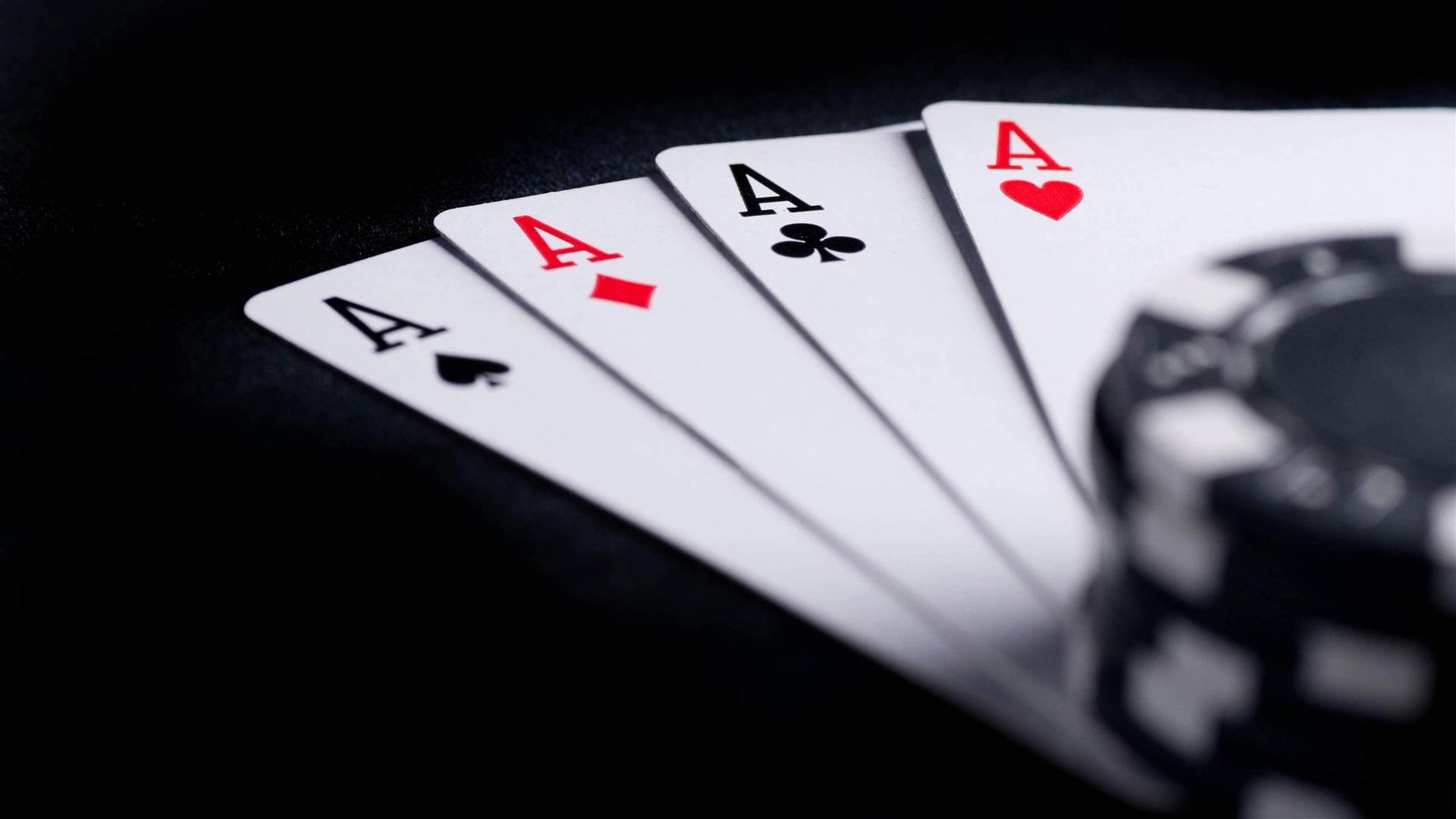 Обои на телефон покерные