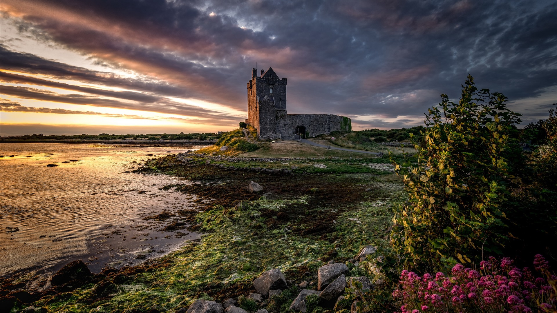 Wallpaper Ireland Galway Castle Clouds River Dusk