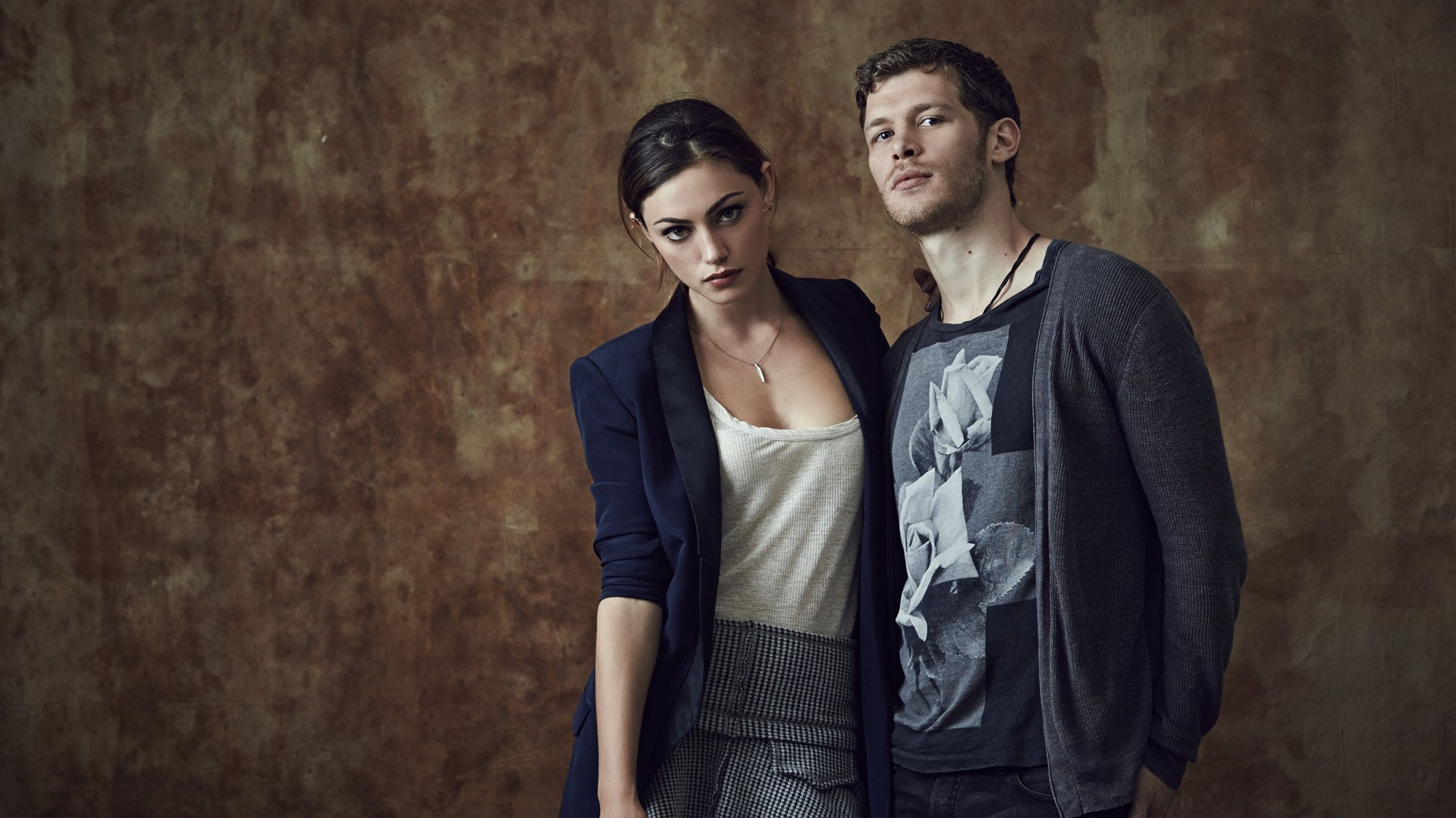 Wallpaper Joseph Morgan Phoebe Tonkin 2880x1800 Hd Picture