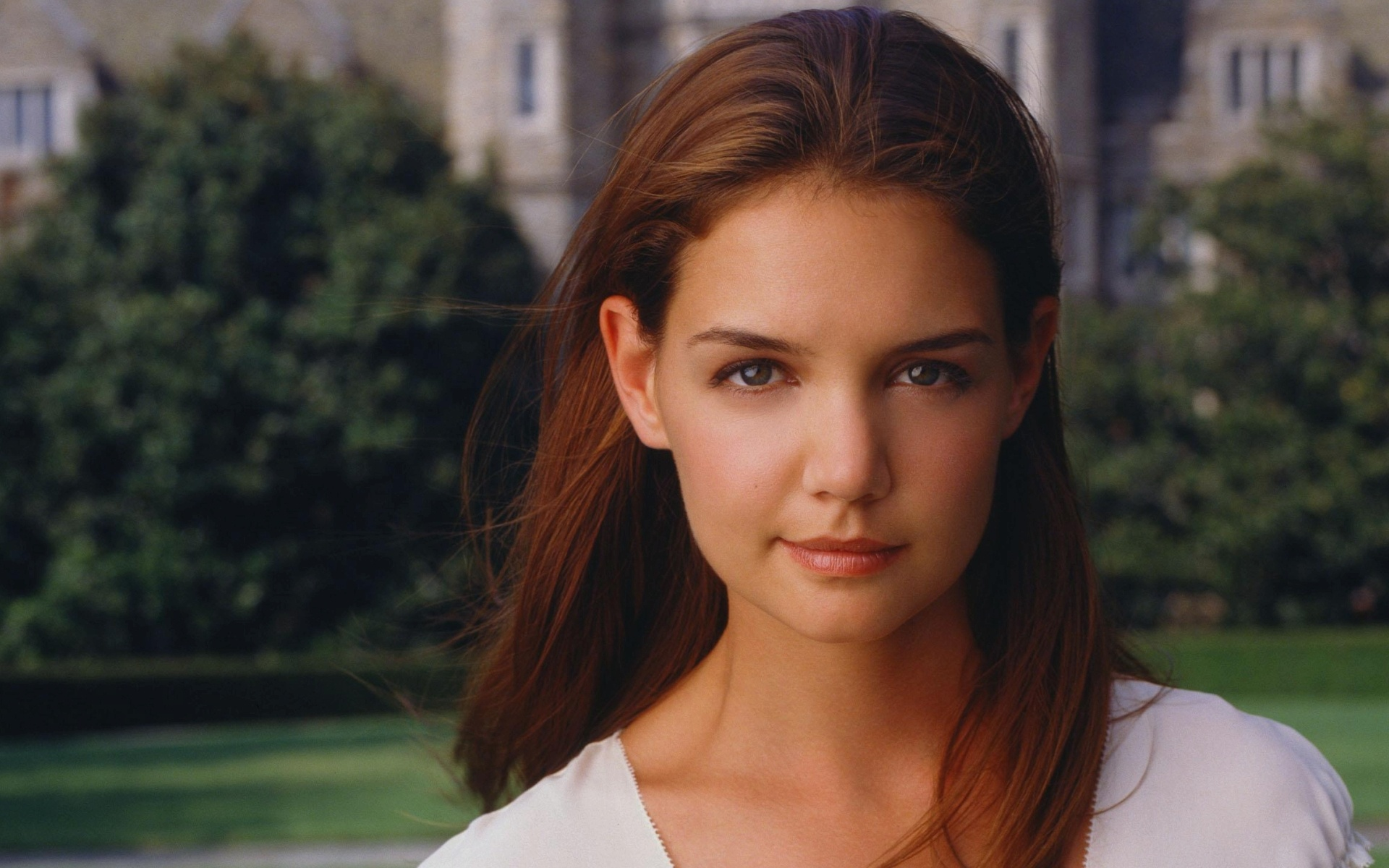 katie-holmes-young