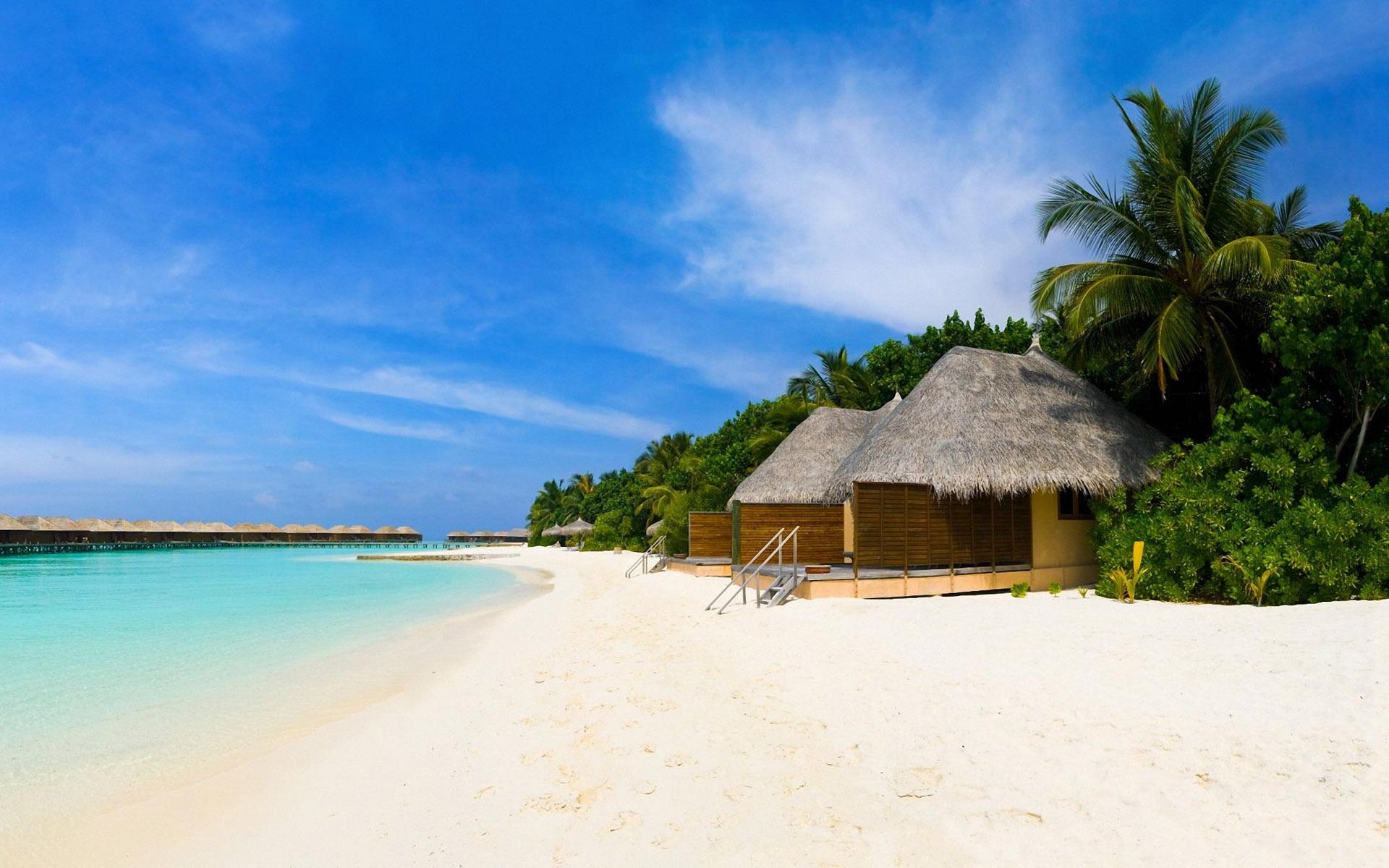 Wallpaper Scenic Beach Resort 1920x1200
