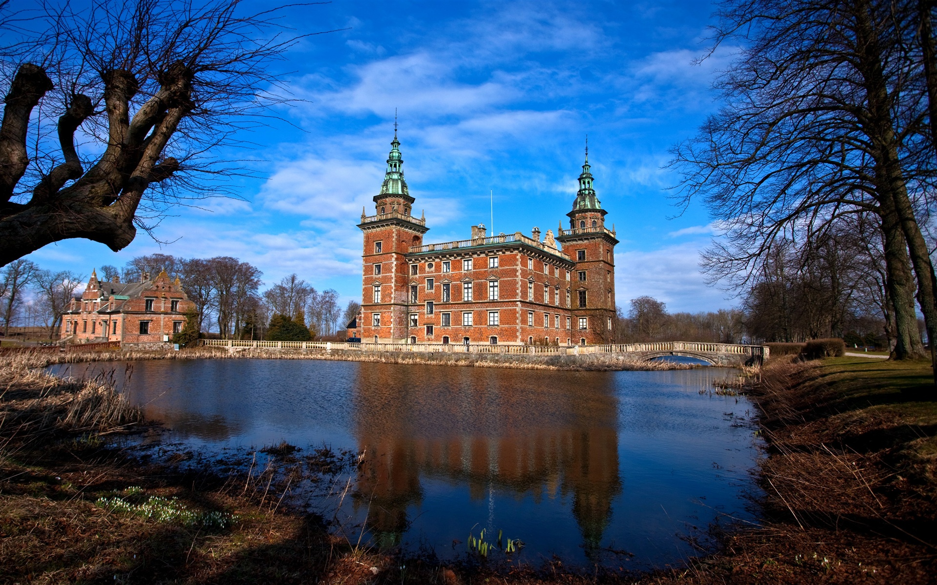 Sweden castle photography wallpaper - 1920x1200