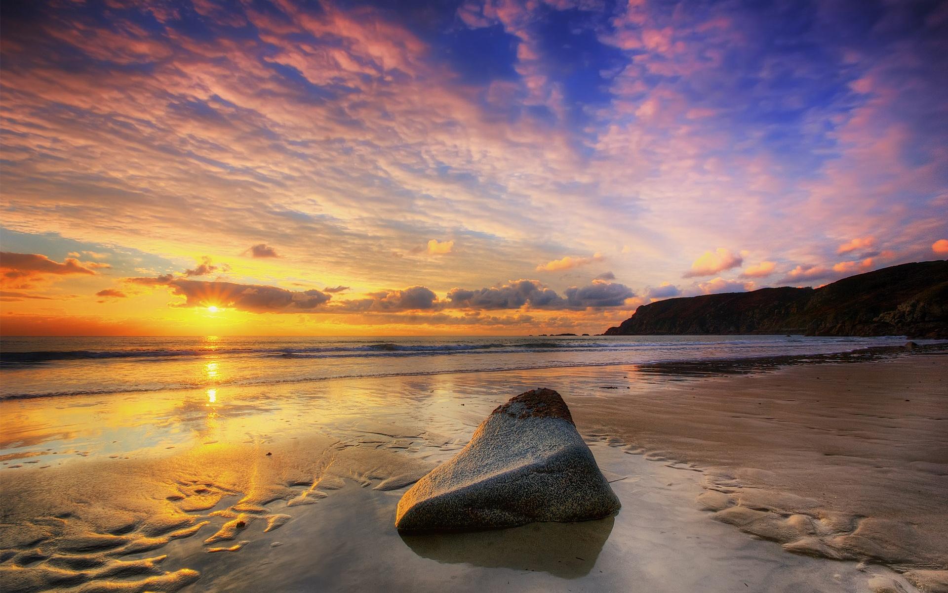 Камень море берег  № 1356438 бесплатно