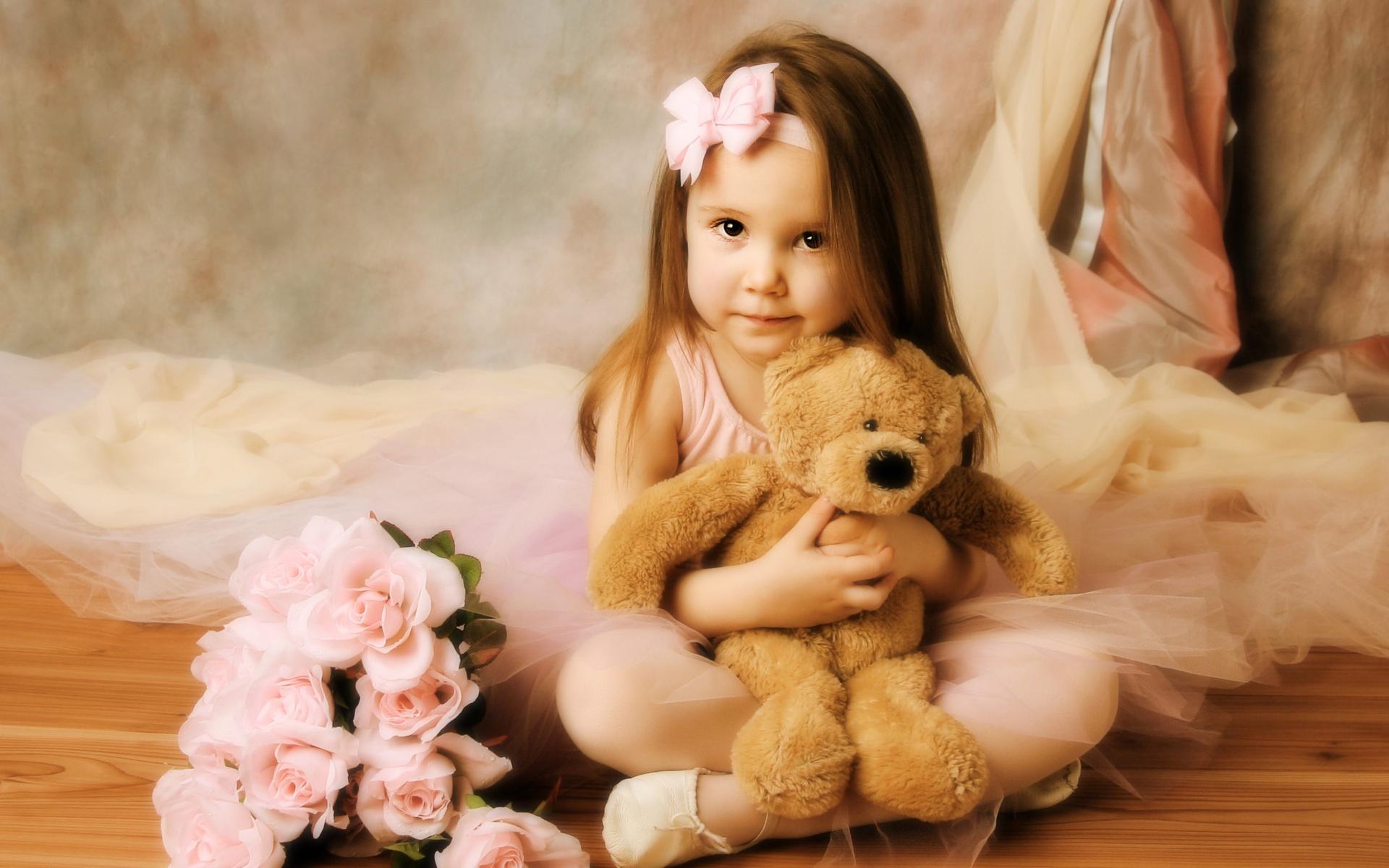 С маленькой девочкой 7 фотография