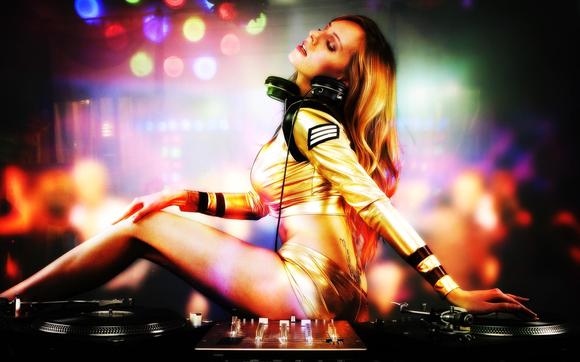 OK GOOGLE НАЙТИ МУЗЫКУ В MP3 ФОРМАТЕ DJ ELECTRO HOUSE СКАЧАТЬ БЕСПЛАТНО