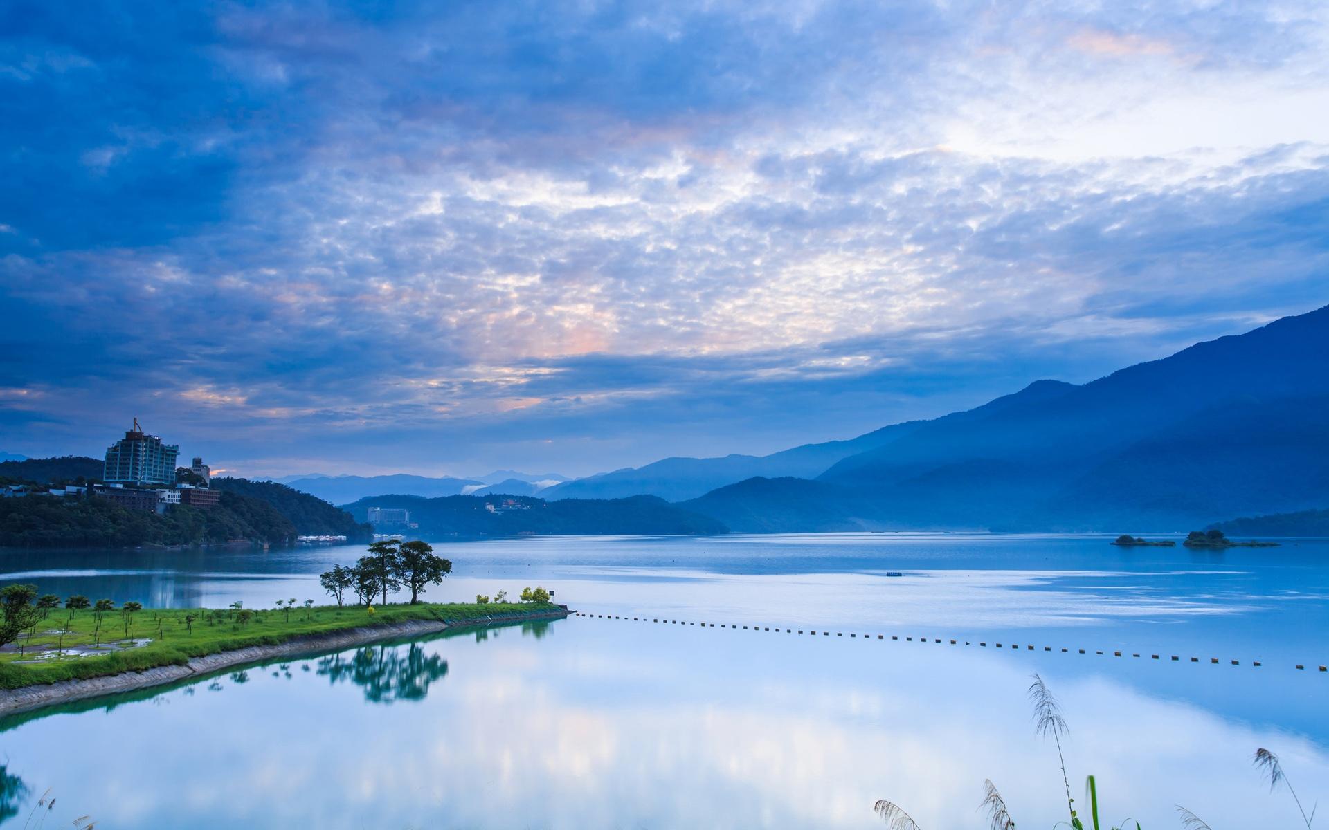 대만 난 터우, 아침 일출, 산, 푸른 하늘, 호수 반사 배경 화면 | 여행 ...