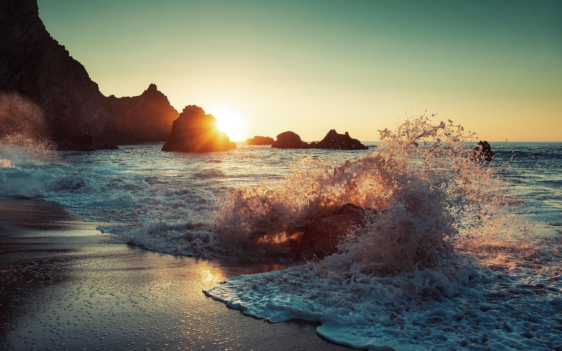 Papéis De Parede As Ondas Do Mar, Spray, Praia, Rochas