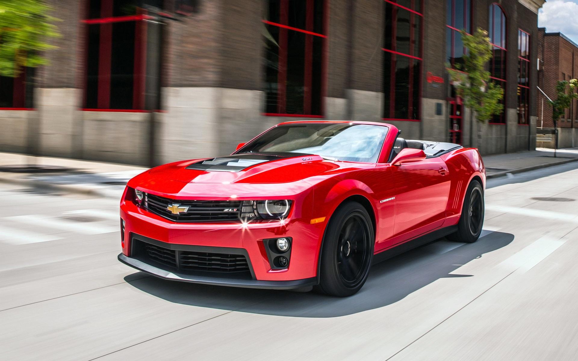 красный спортивный автомобиль chevrolet camaro red sports car бесплатно