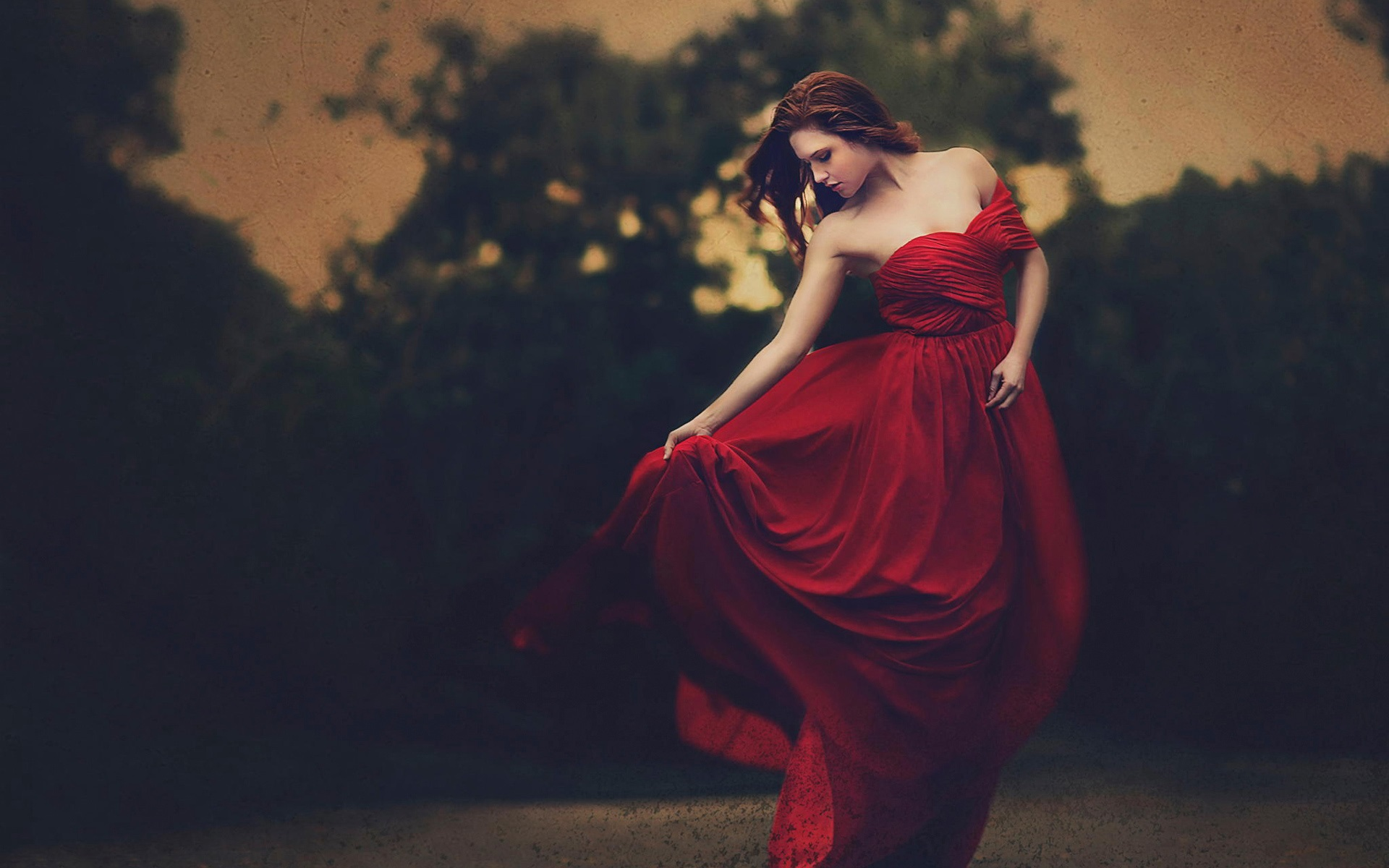 Fondos De Pantalla Hermosa Chica De Vestido Rojo Anochecer