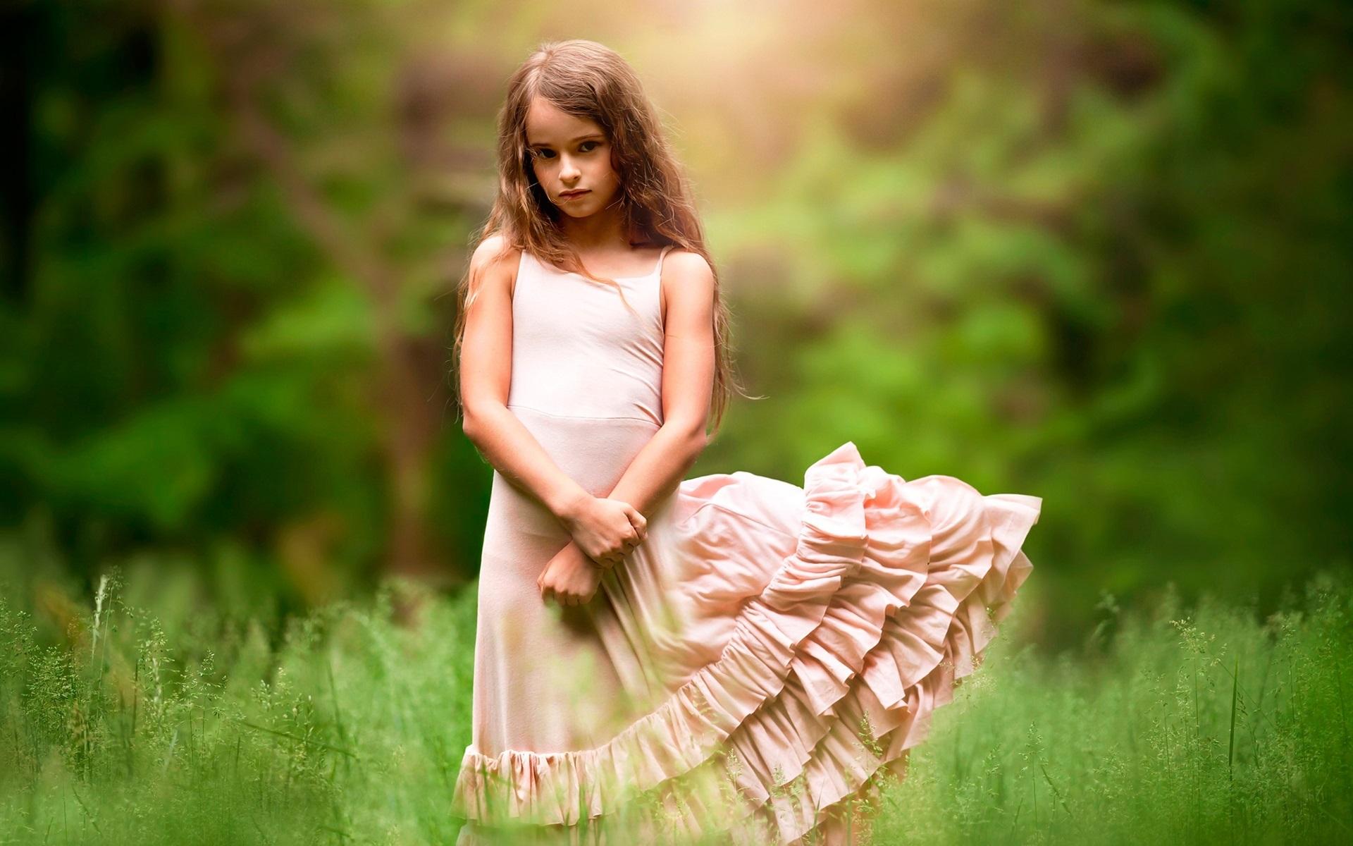 Wallpaper Cute girl, child, grass, wind 1920x1200 HD ...