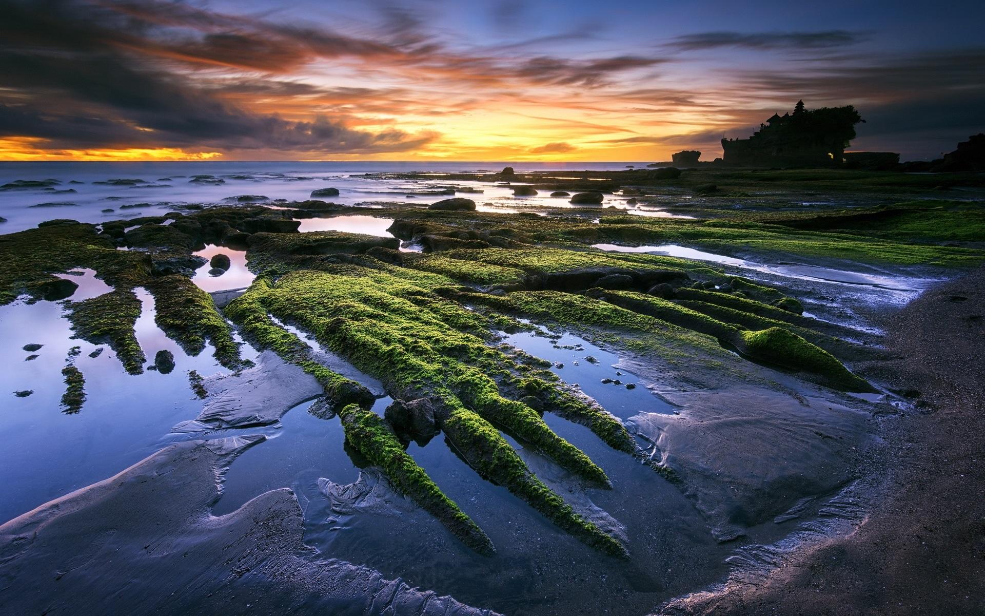 壁紙 タナロット バリ島 インドネシア 海 ビーチ 夕日 美しい