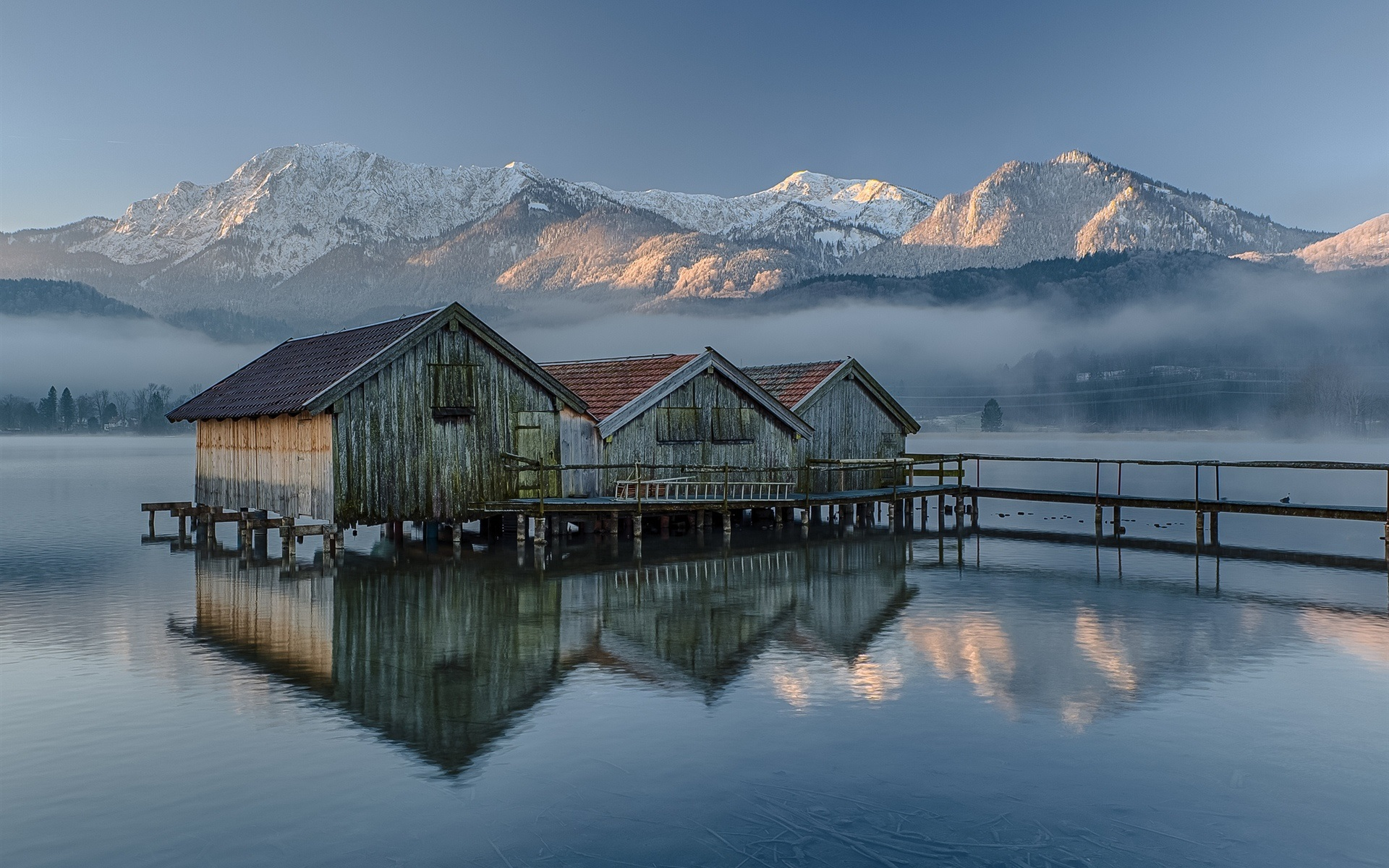 Deutschland bayern holzhaus see berge morgen nebel for House pic hd