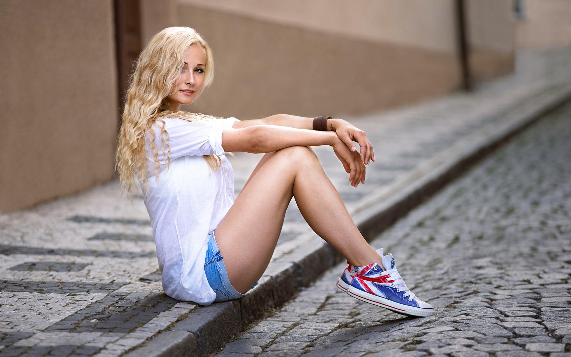 seks-suhoparie-blondinki-foto-lizhut