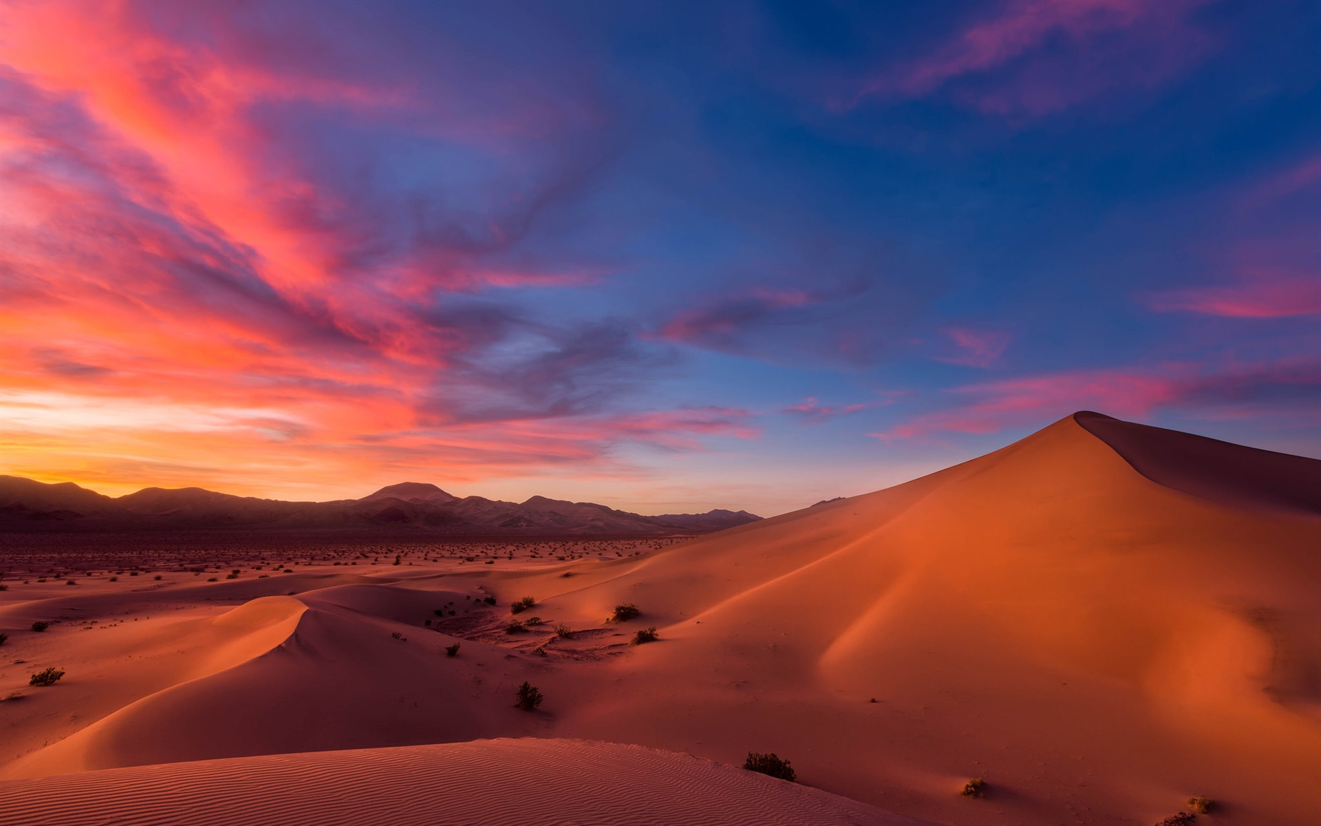 картинки небо пустыни таких