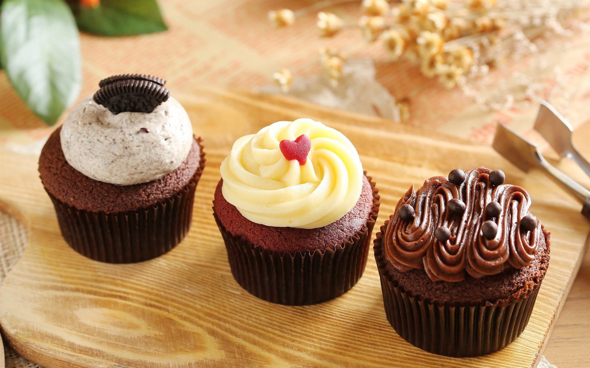 wallpaper chocolate cupcakes, muffins, cream 1920x1200 hd picture, image