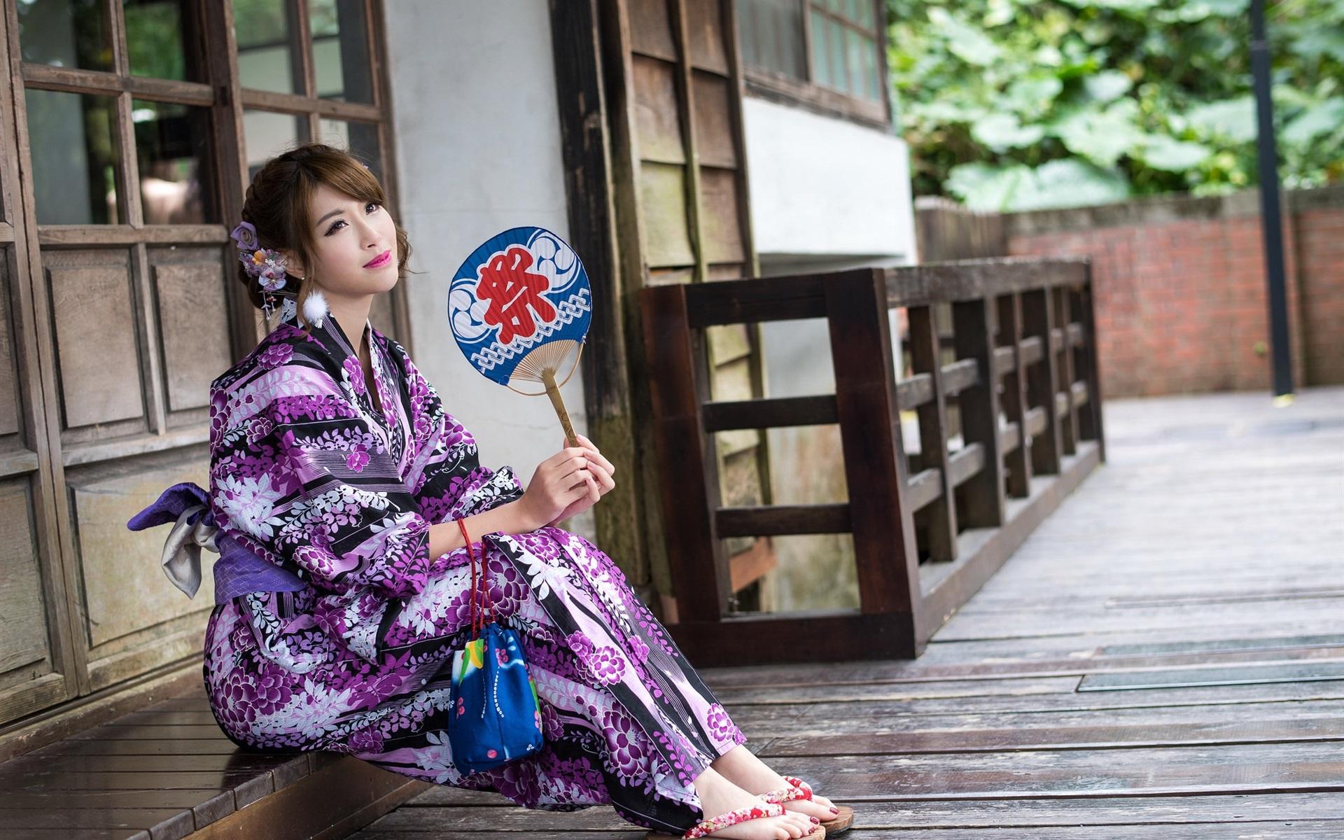 Видео японских женщин