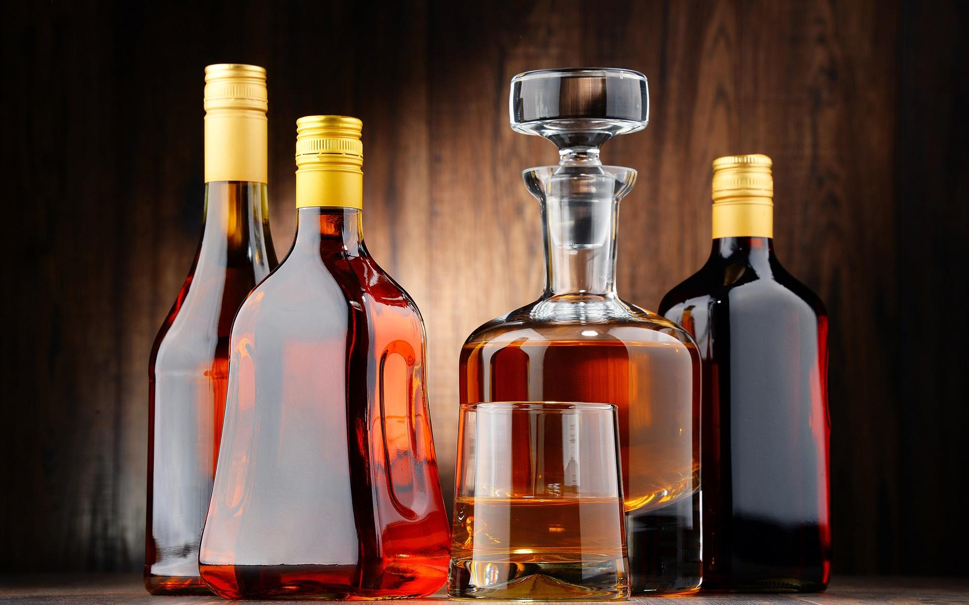 Красивые картинки бутылок с напитками