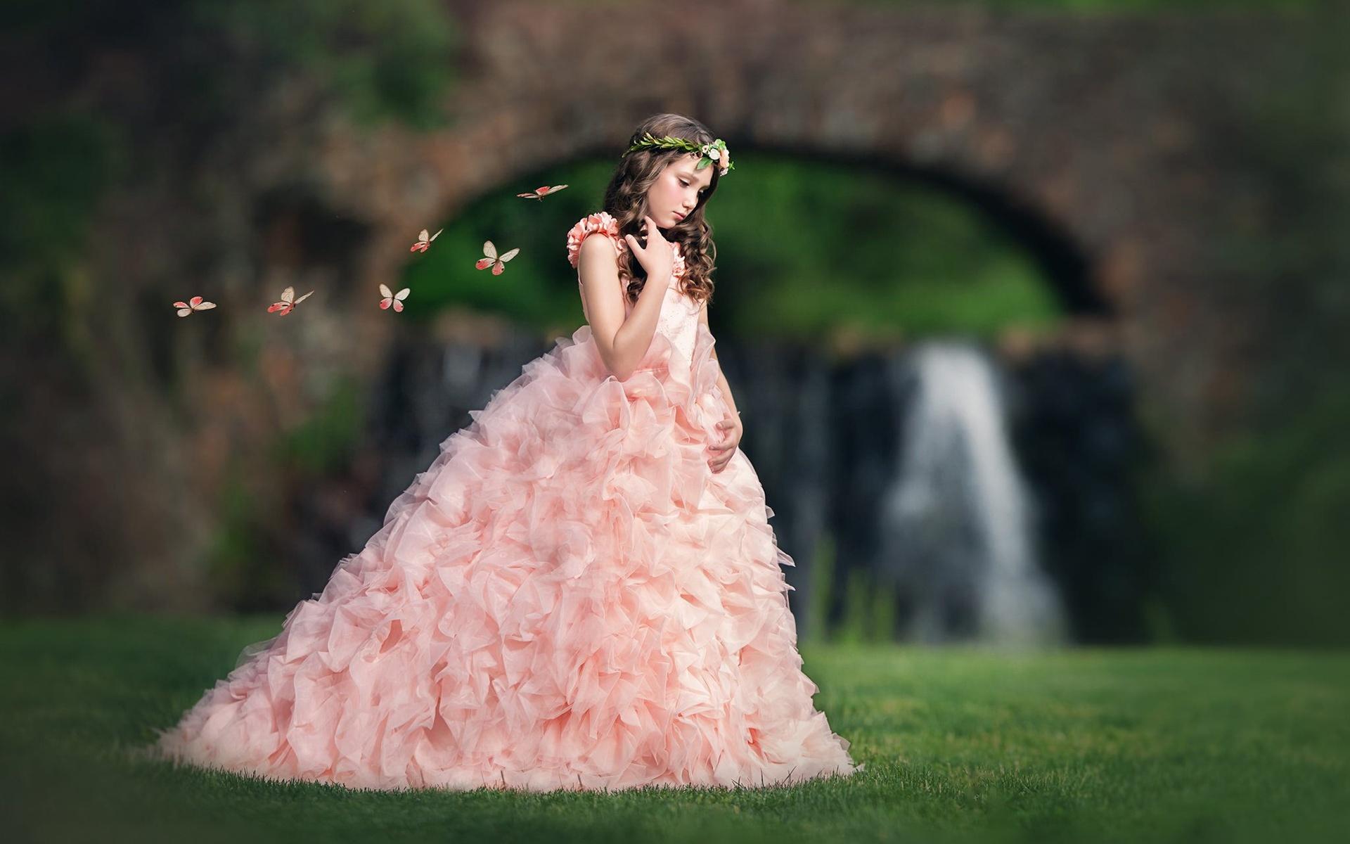 壁紙 ピンクのドレスの女の子 子供 草 蝶 1920x1200 Hd 無料の