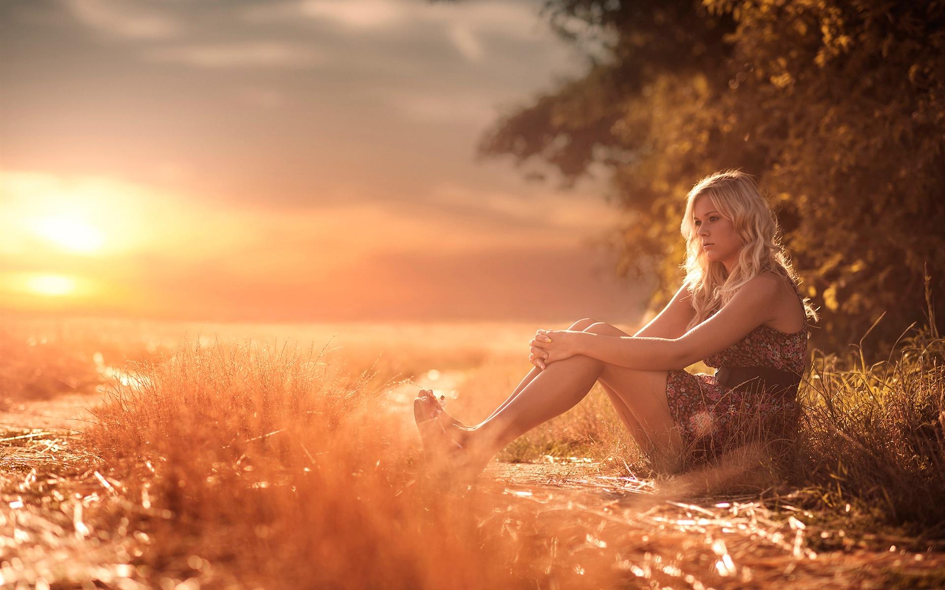 wallpaper summer, girl, legs, grass, heat, sunshine 1920x1200 hd