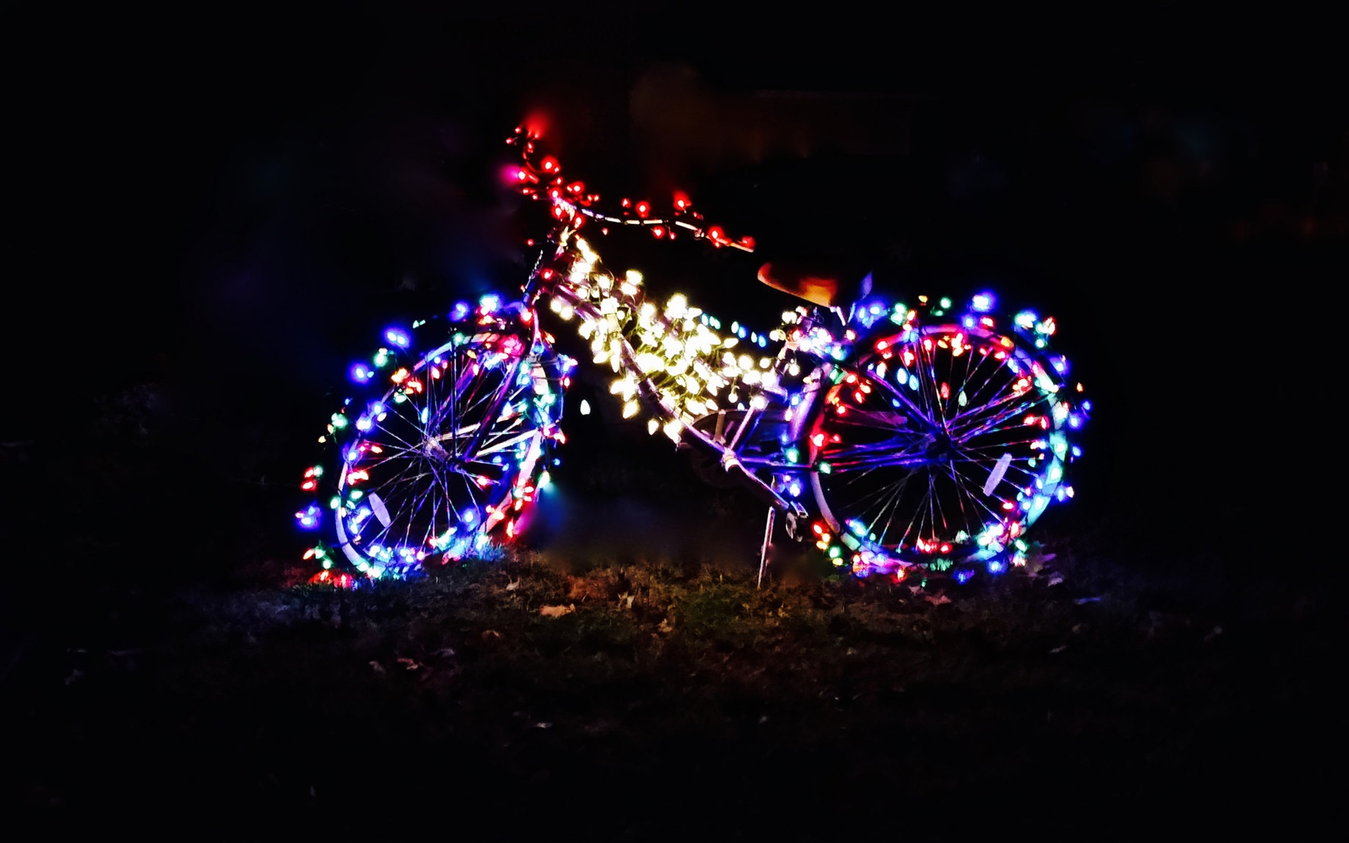 Simple Wallpaper Night Colorful - Bicycle-at-night-colorful-holiday-lights_1920x1200  HD.jpg