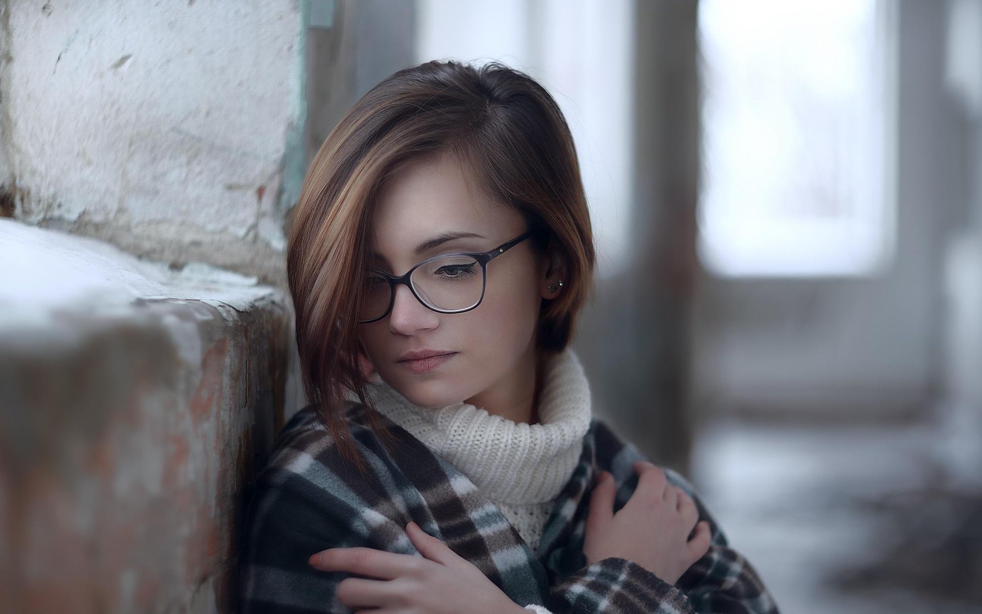 с молодой в очках позвала моего ненаглядного