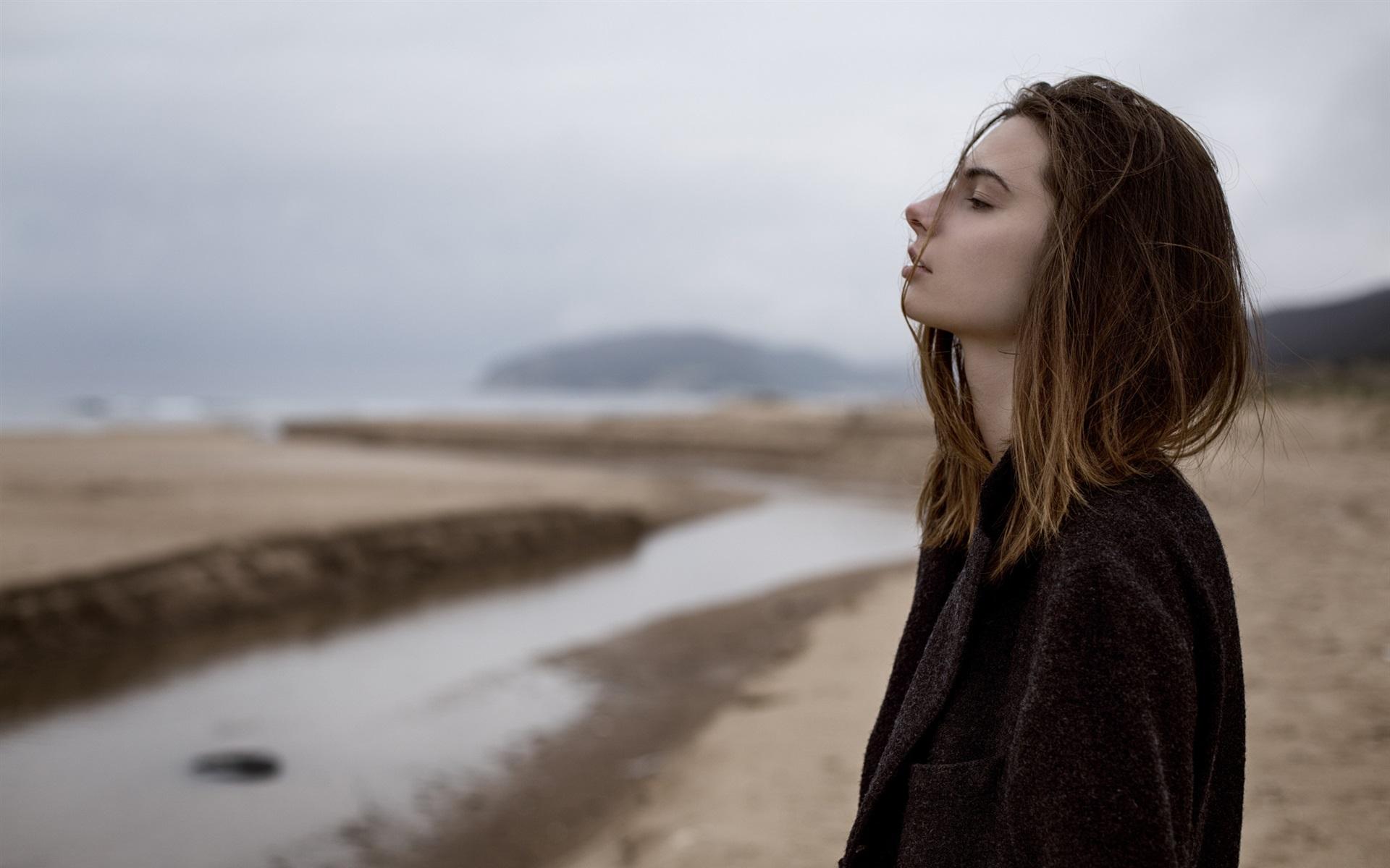 Красивые картинки девушек грустные
