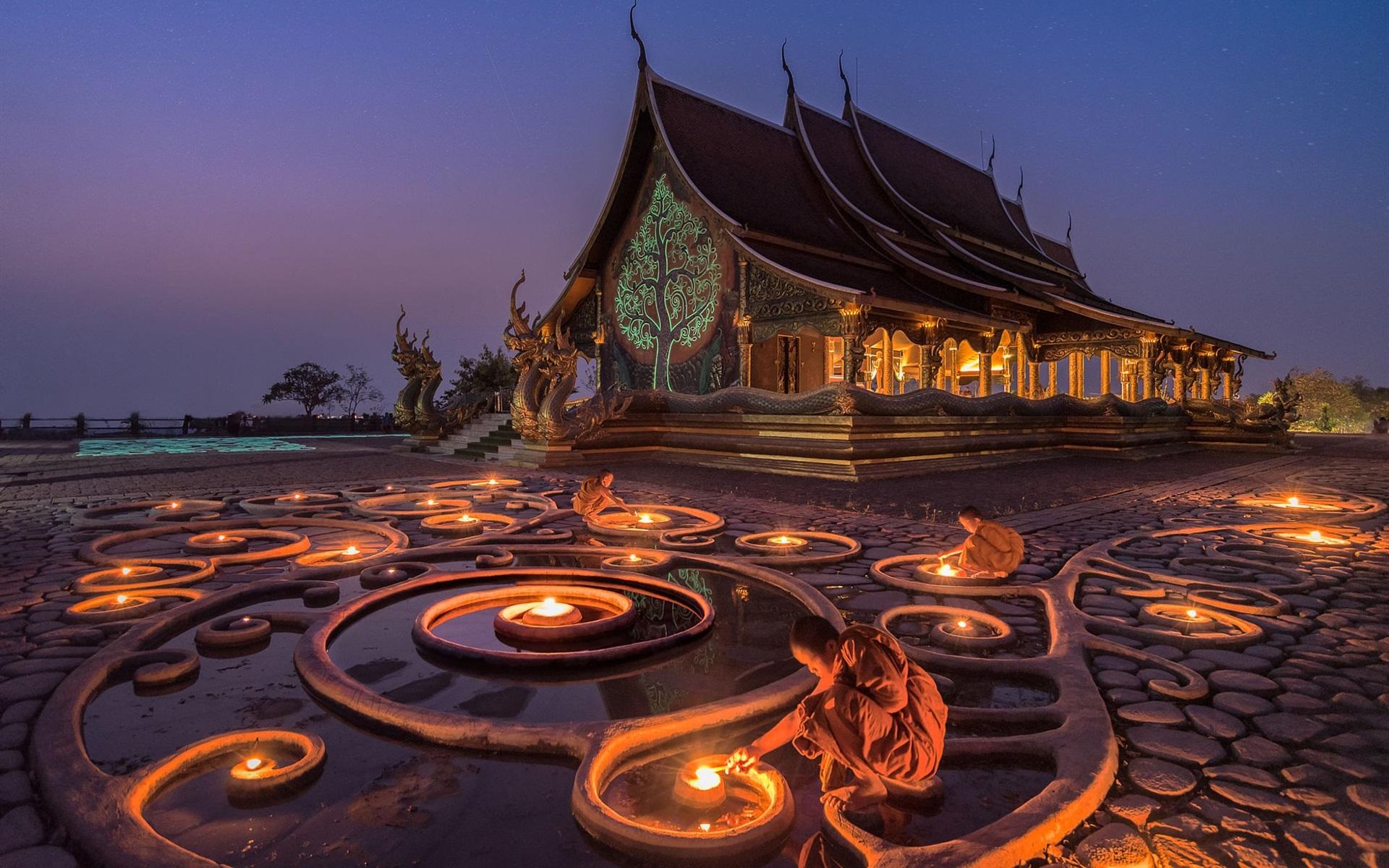 Buddhist Temple Monk Night Candle Myanmar 640x1136