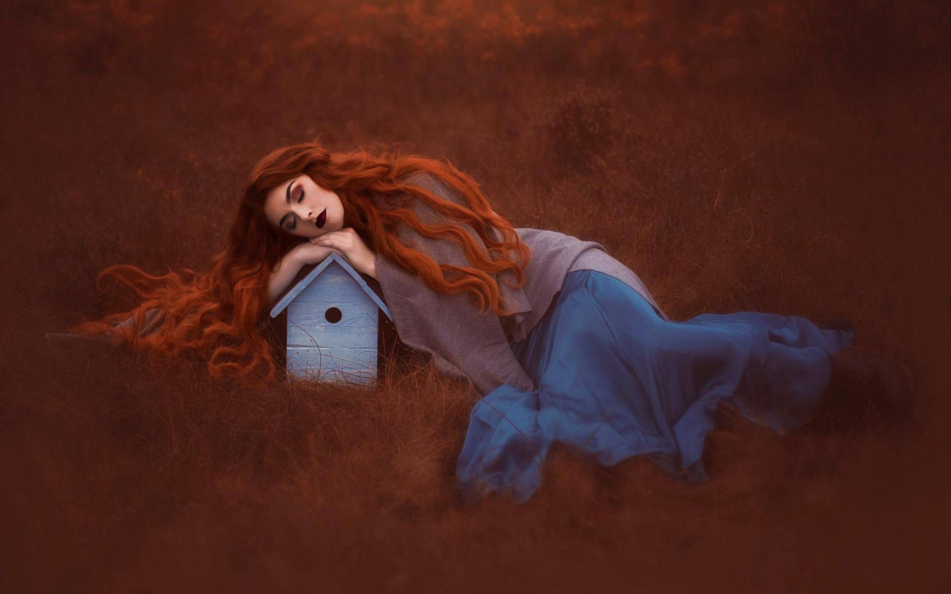 Интерпретация фильма спящая красавица с рыжей девушкой в гл ролях #2