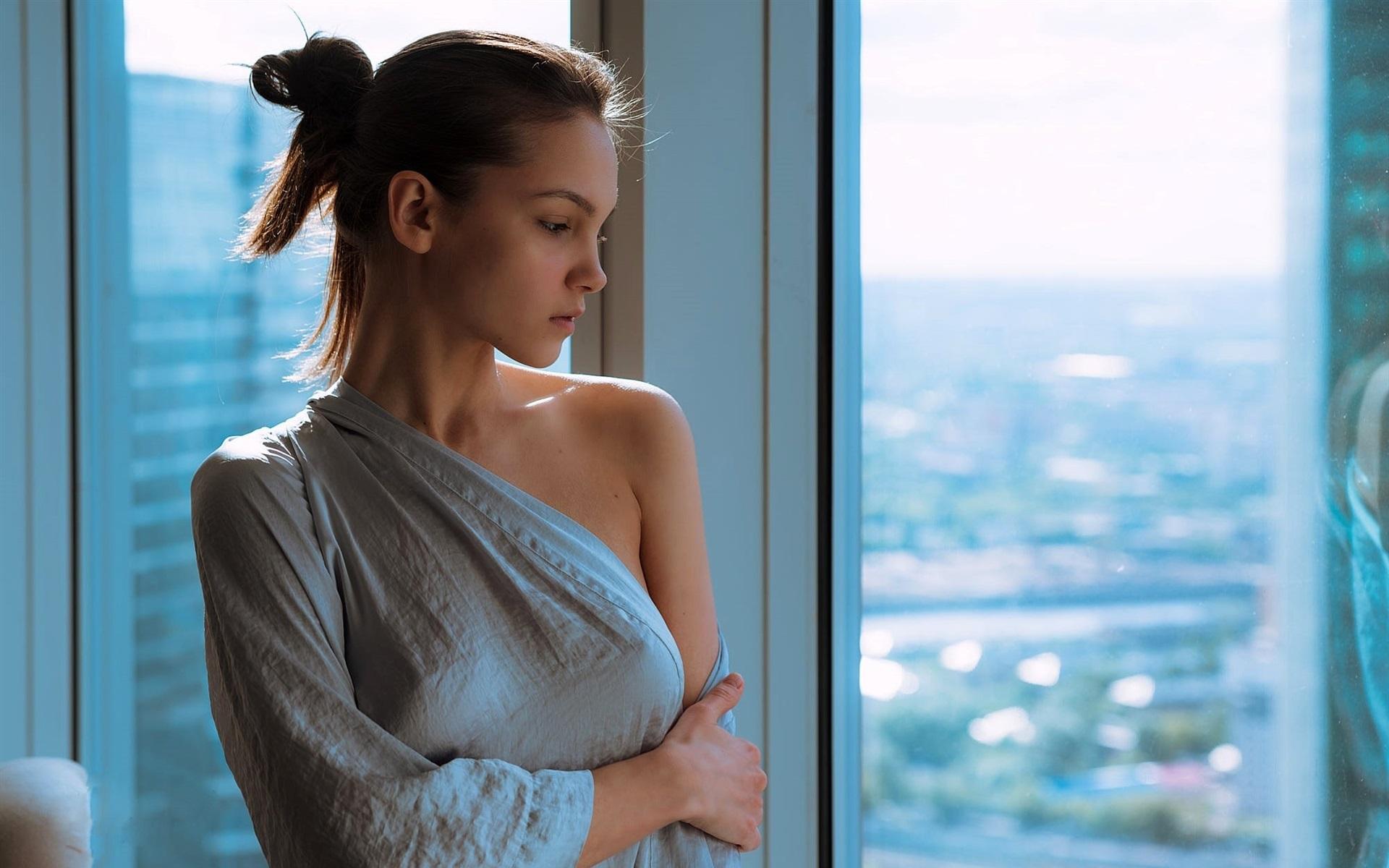 壁紙 セクシーなブロンドの女の子 窓 見る 1920x1200 Hd 無料の