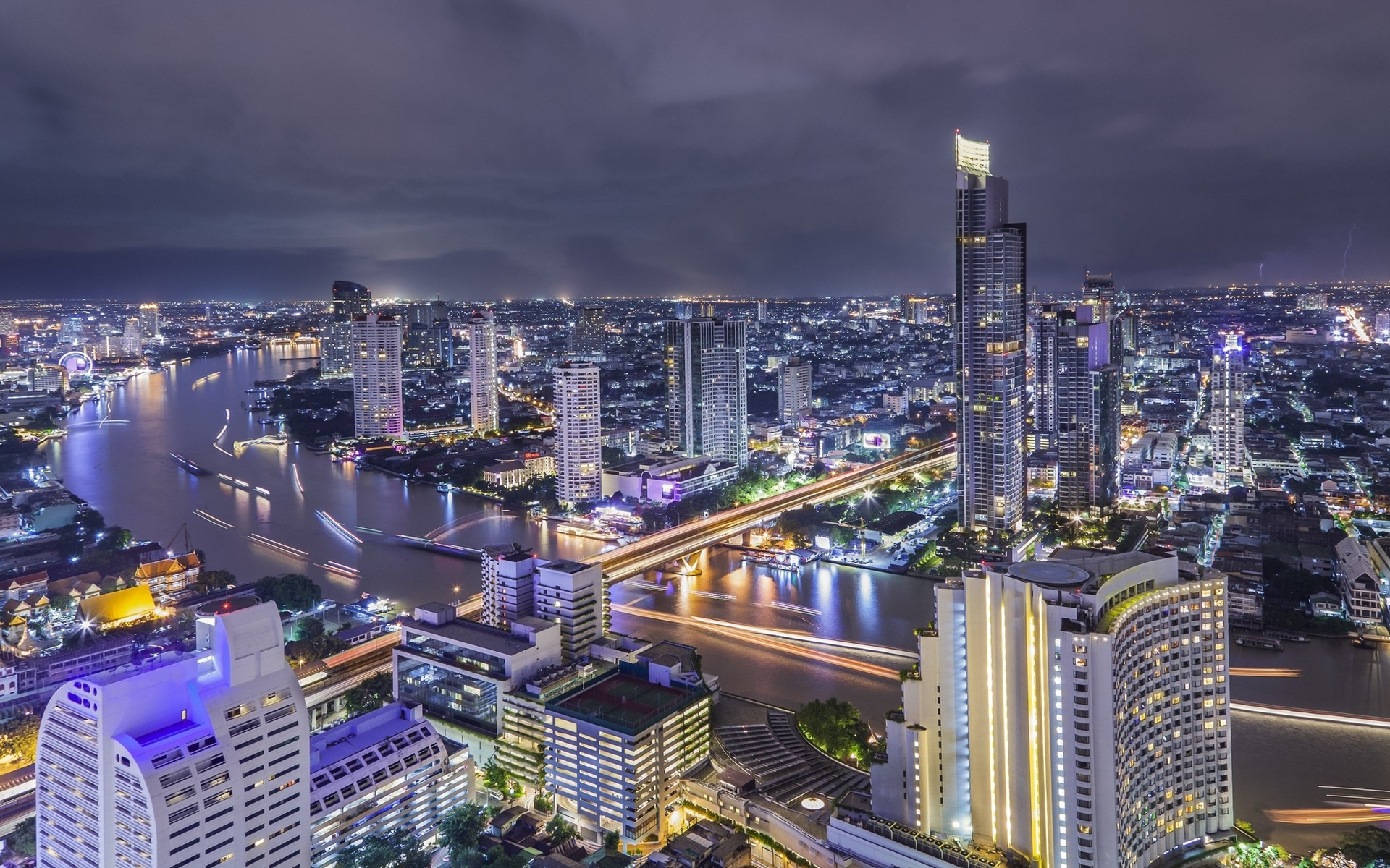 откровенные фотографии город фото тайланде стал настоящим украшением